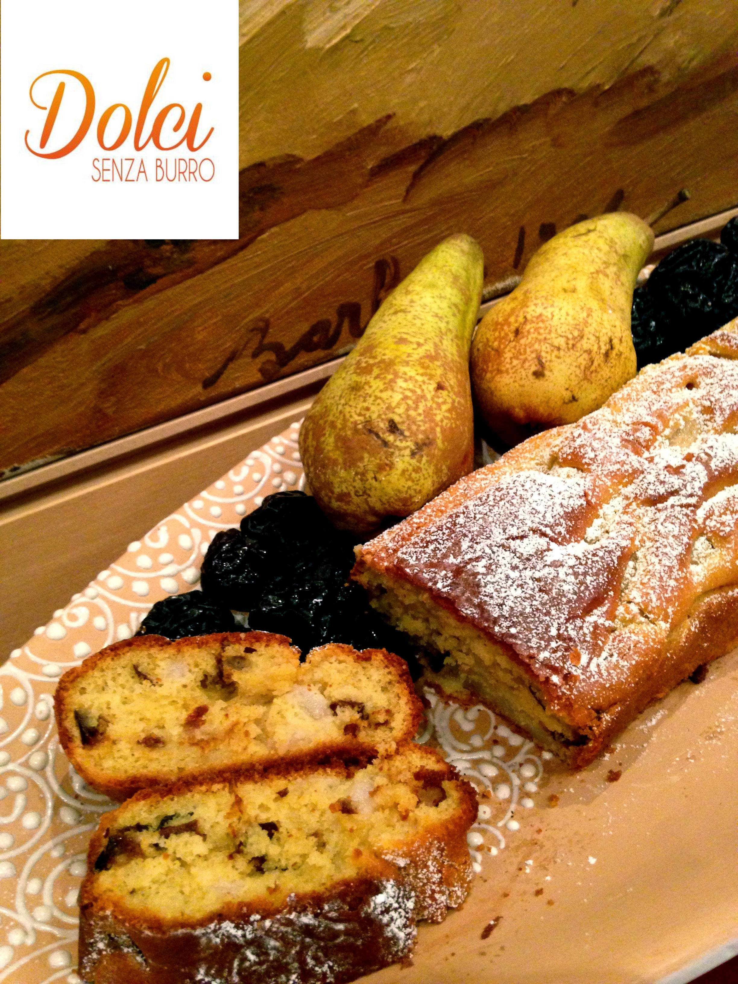 Plumcake pere e prugne senza burro, il dolce light e goloso di dolci senza burro