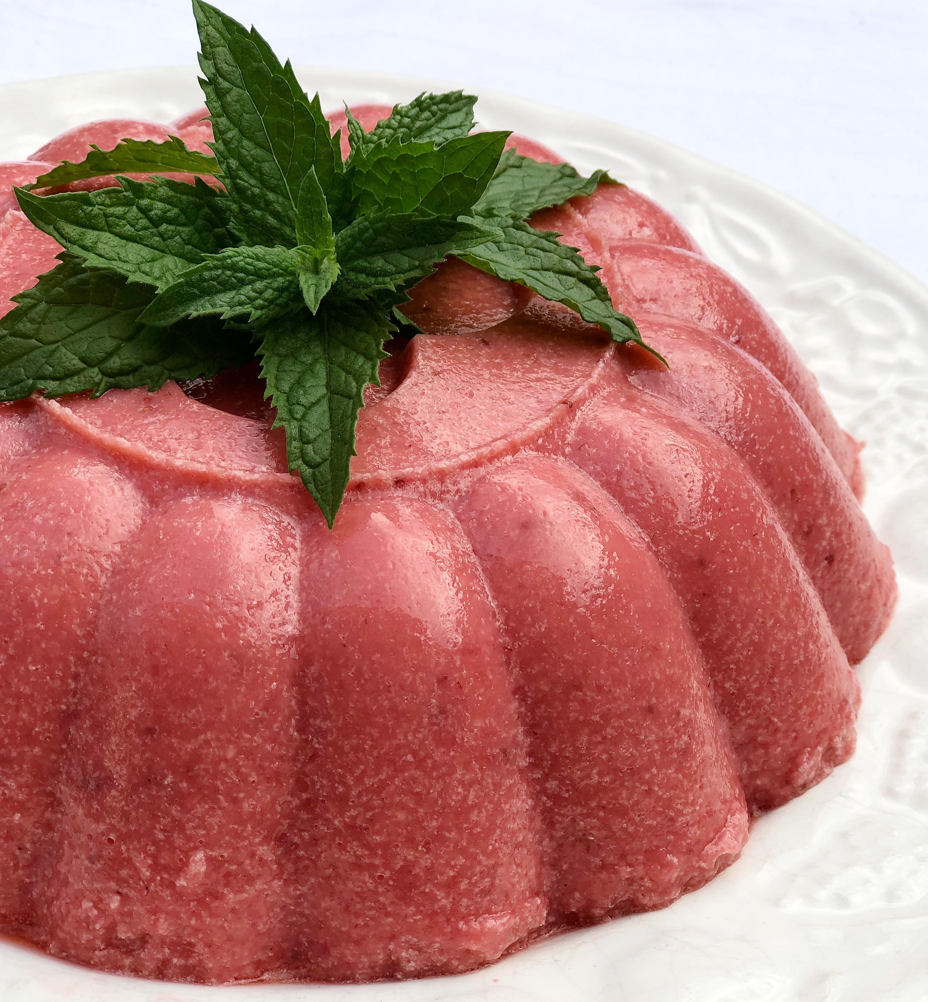 Bavarese alle Fragole Senza Burro super golosa e cremosa di dolci senza burro!