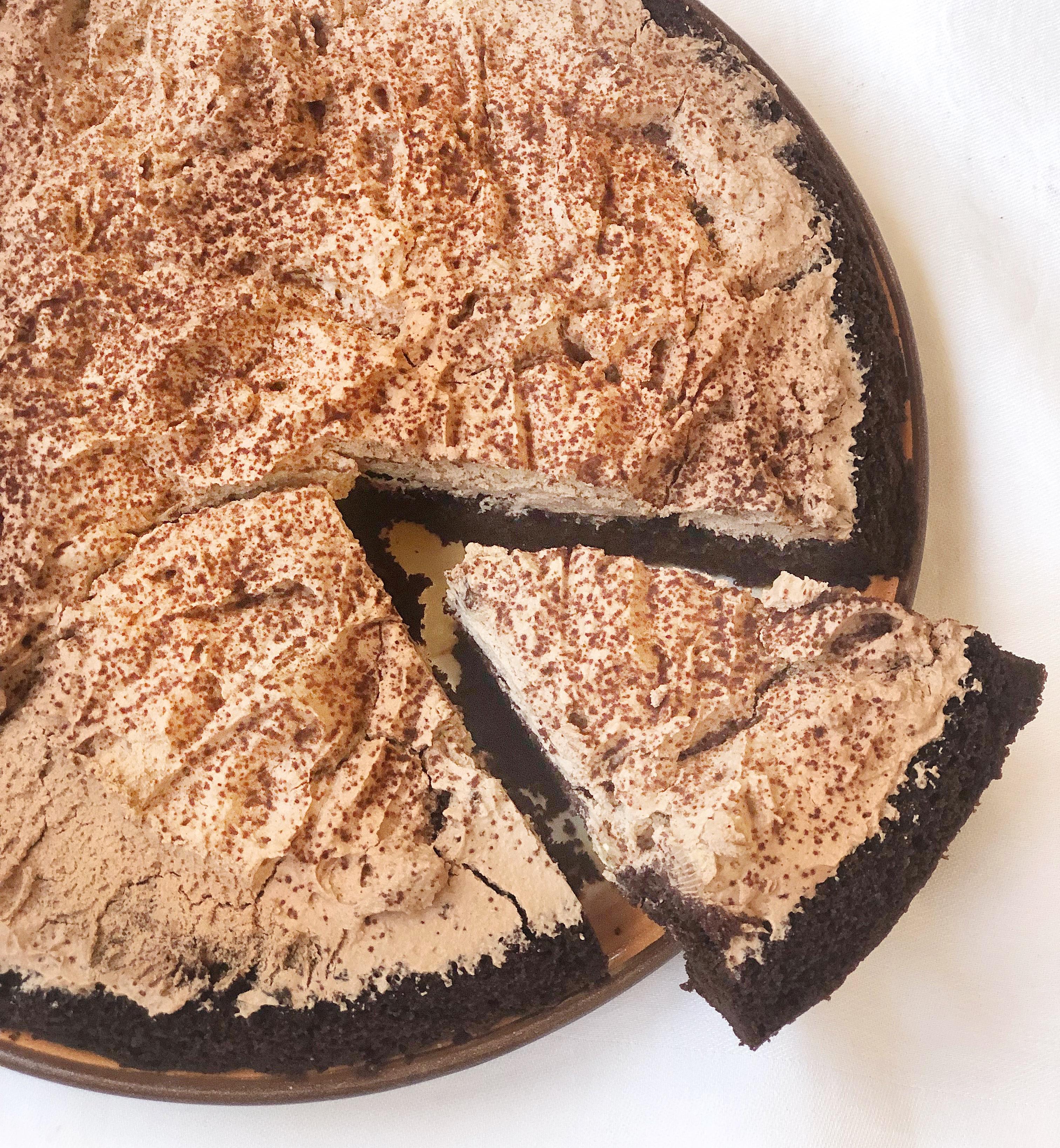 La Torta Fredda al Cioccolato Senza Burro,, un dolce fresco e goloso di dolci senza burro