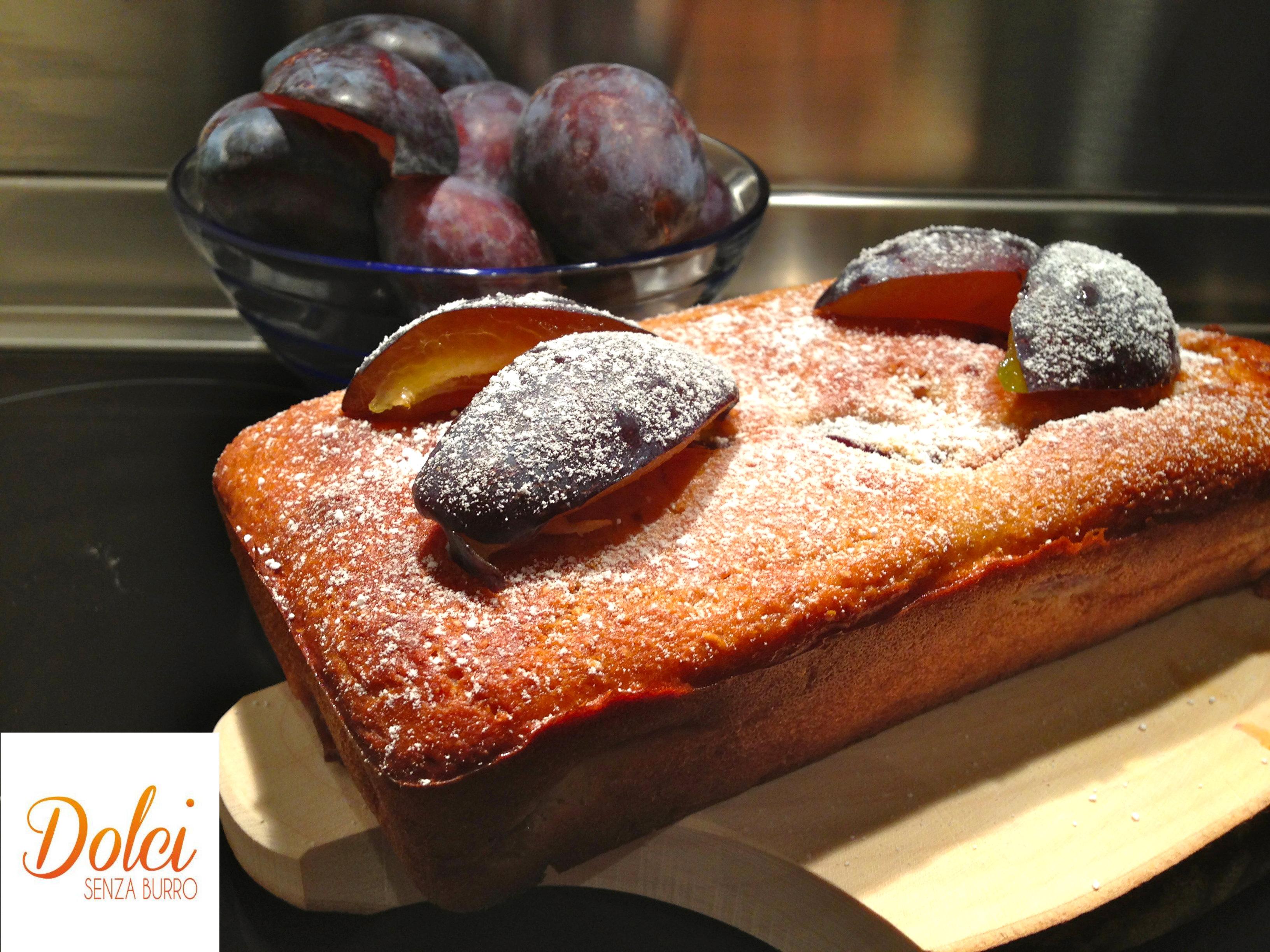 Plum Cake senza burro alle prugne, un dolce leggero di Dolci Senza Burro