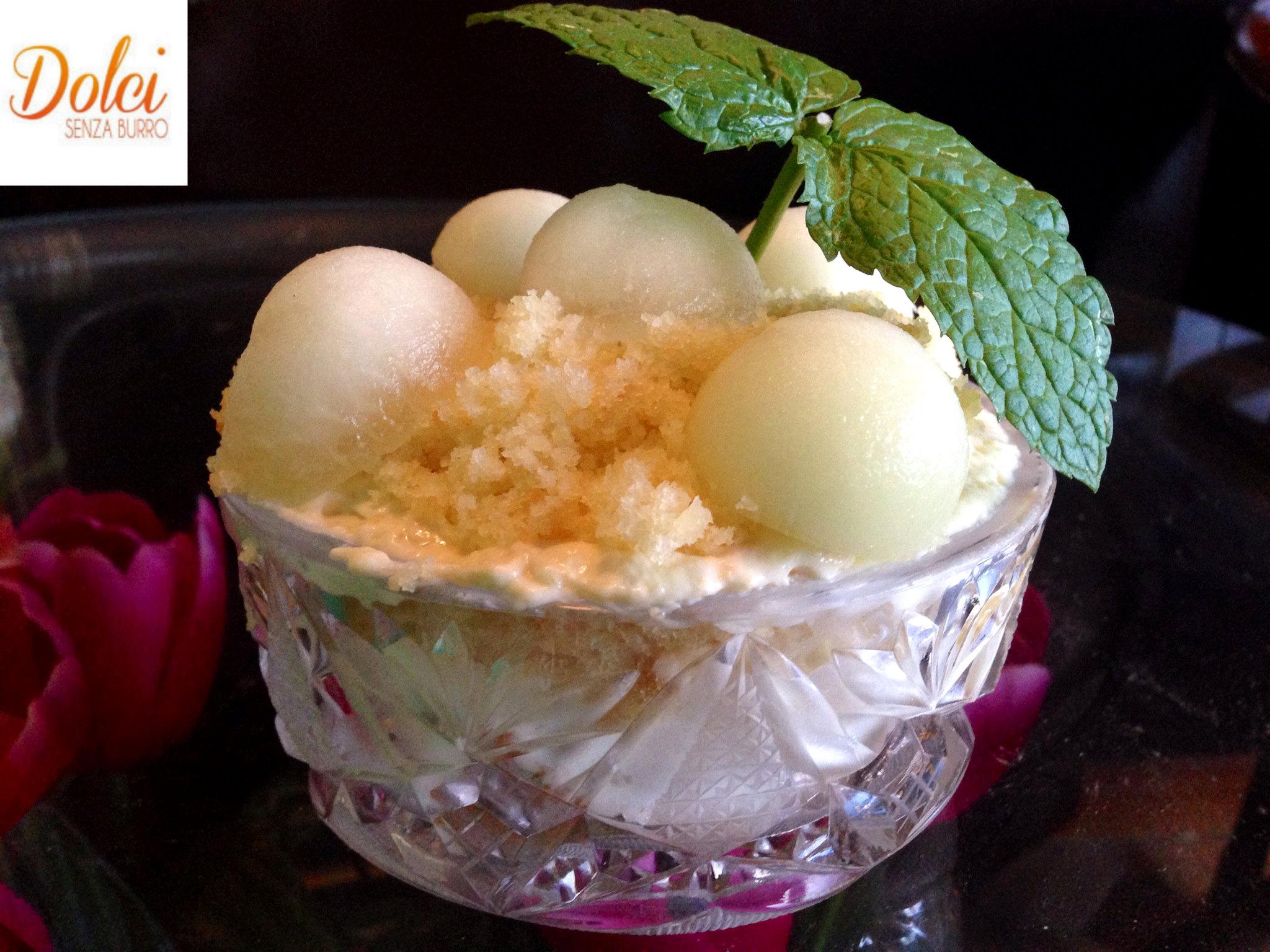 Torta alla Mousse di Melone Bianco e Camomilla il dolce speciale di Dolci Senza Burro