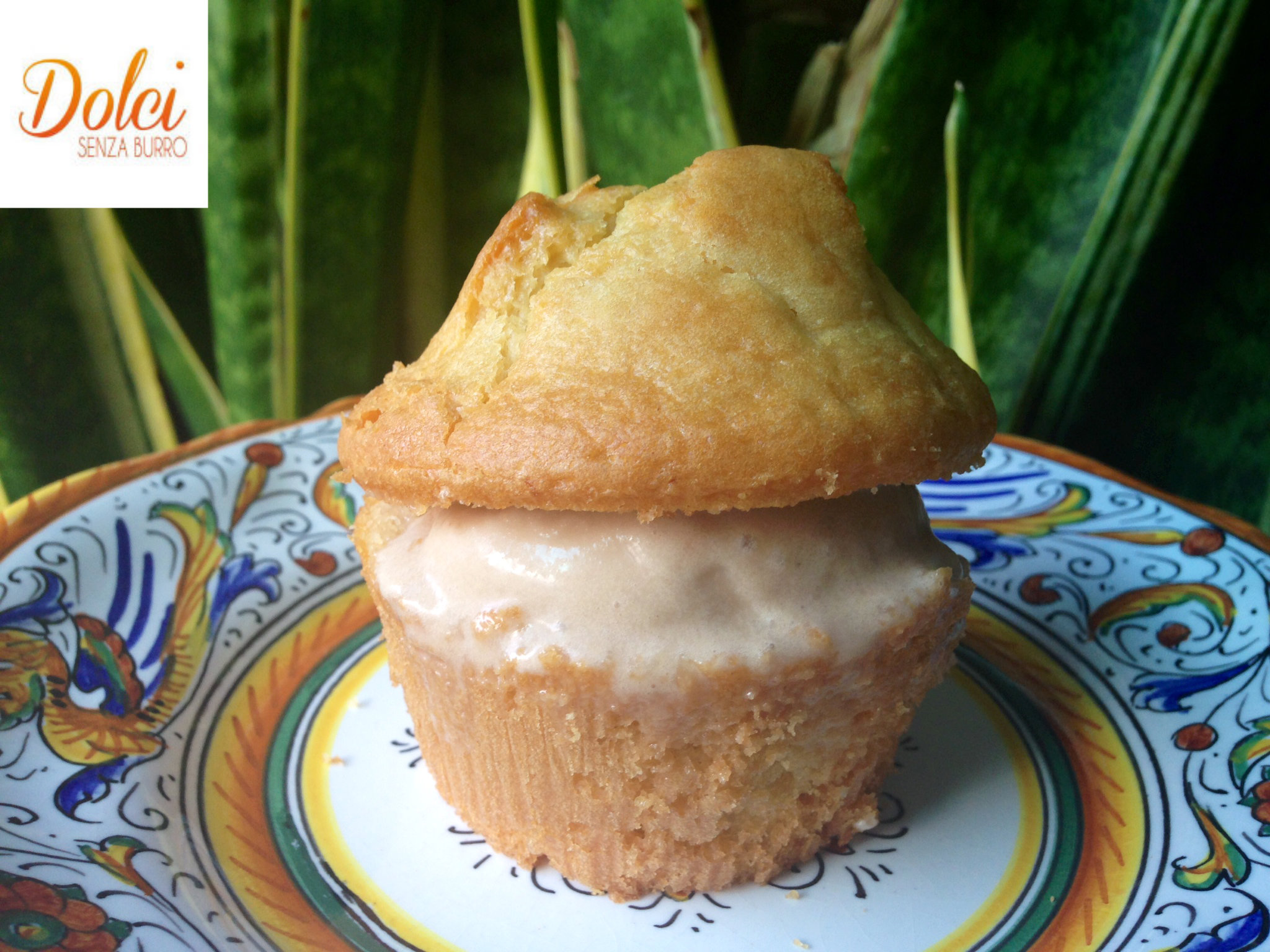 muffin di gelato senza burro, il dolce estivo di dolci senza burro