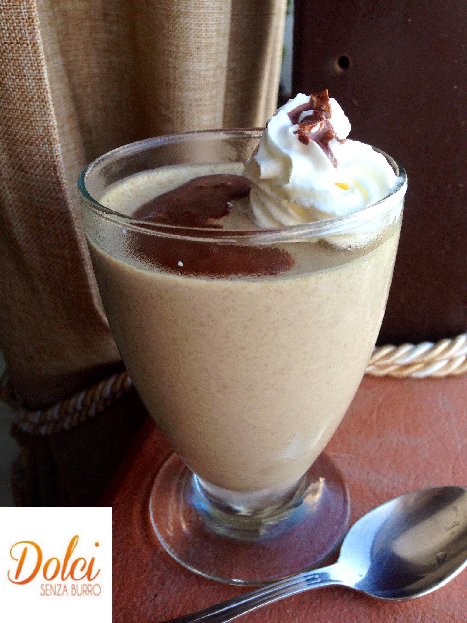 semifreddo al caffè , il dolce light e senza lattosio di dolci senza burro