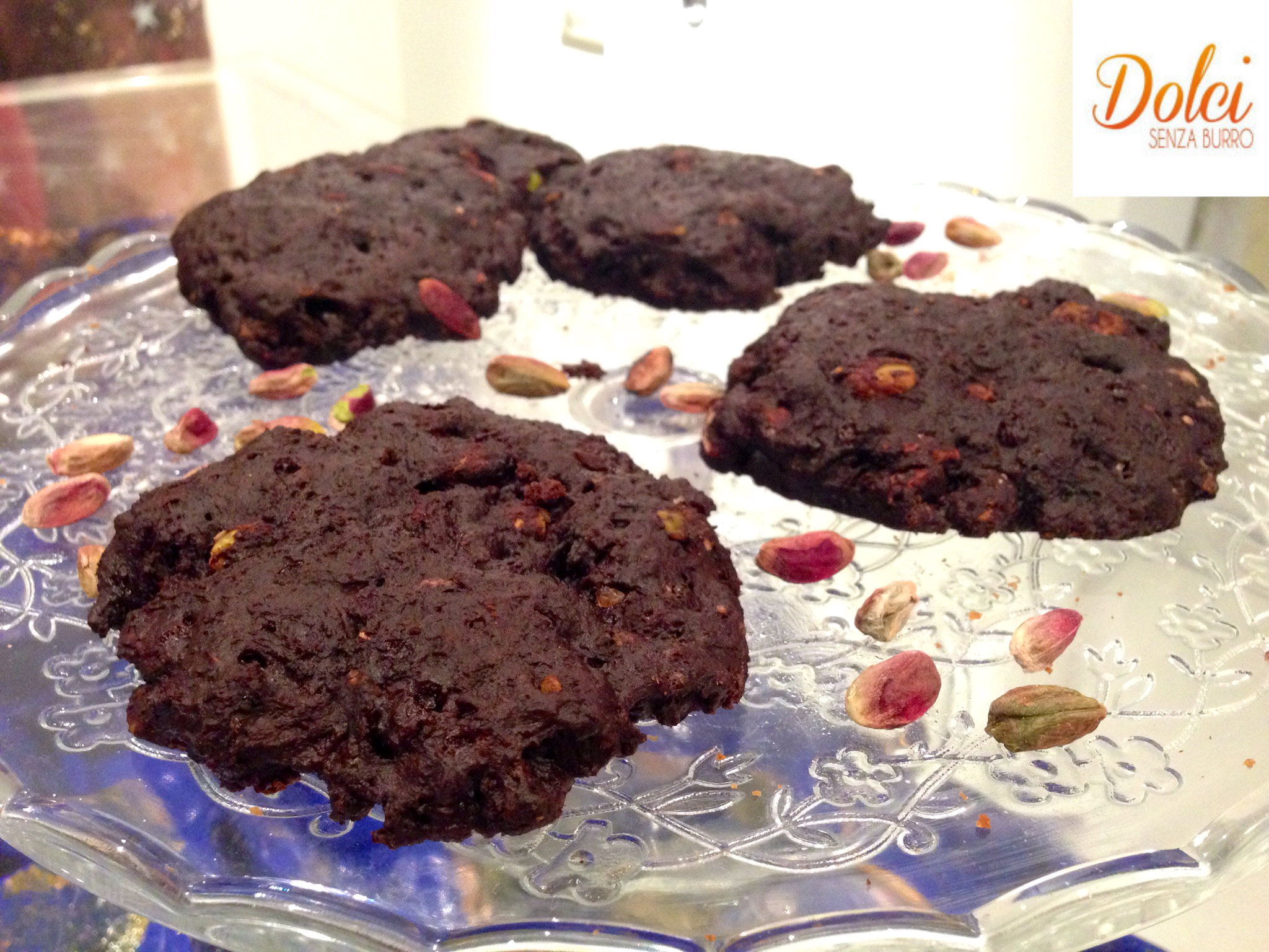 Cookies Senza Burro al Cioccolato e Pistacchio, l'alternativa al solito cookies di Dolci Senza Burro