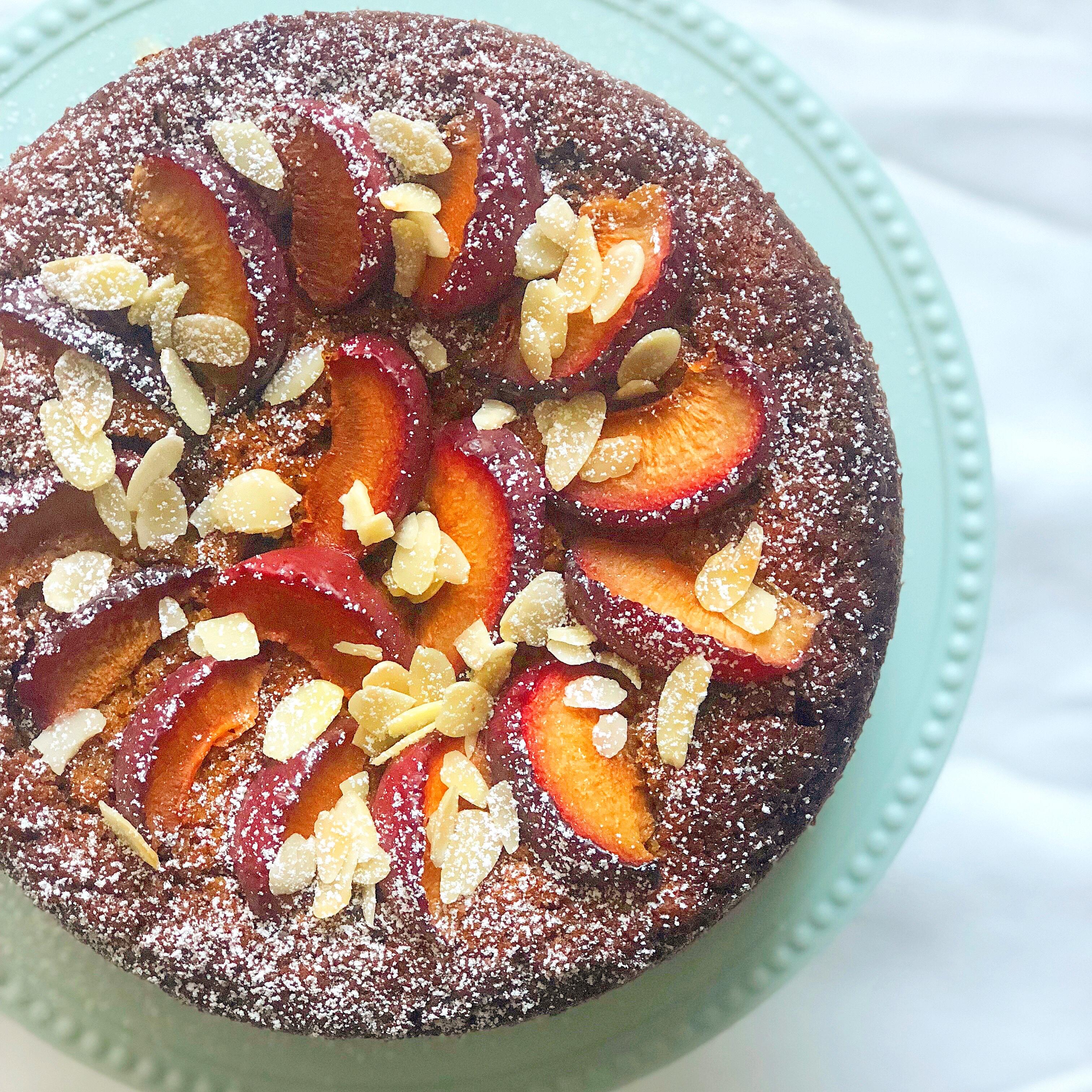Torta di Susine Senza Burro, un dolce semplice ma molto goloso di dolci senza burro