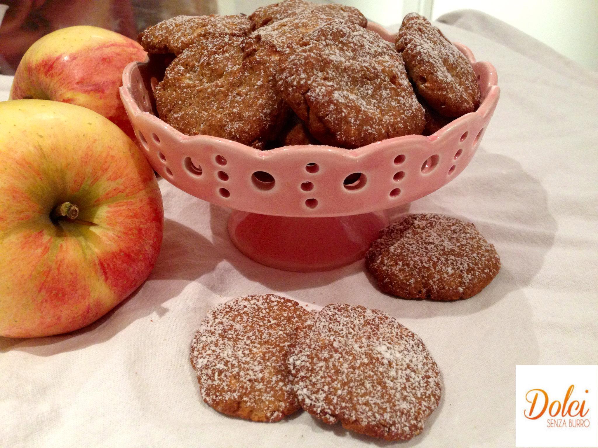 Biscotti al grano saraceno e mela, senza lattosio uova e glutine e zucchero, la rivelazione di dolci senza burro