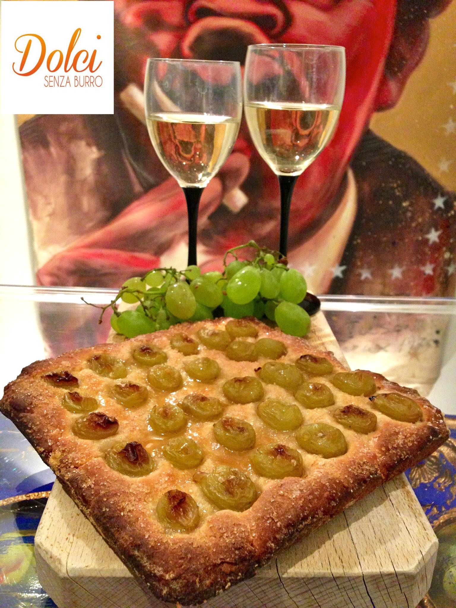 La ricetta della Focaccia Dolce Senza Burro all'Uva, il Un dolce senza senza lattosio e uova di dolci senza burro
