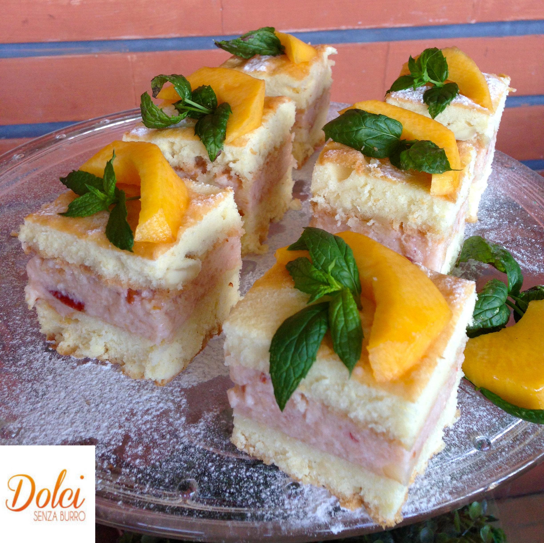 Una torta senza burro di yogurt e frutta per restare in forma con dolci senza burro