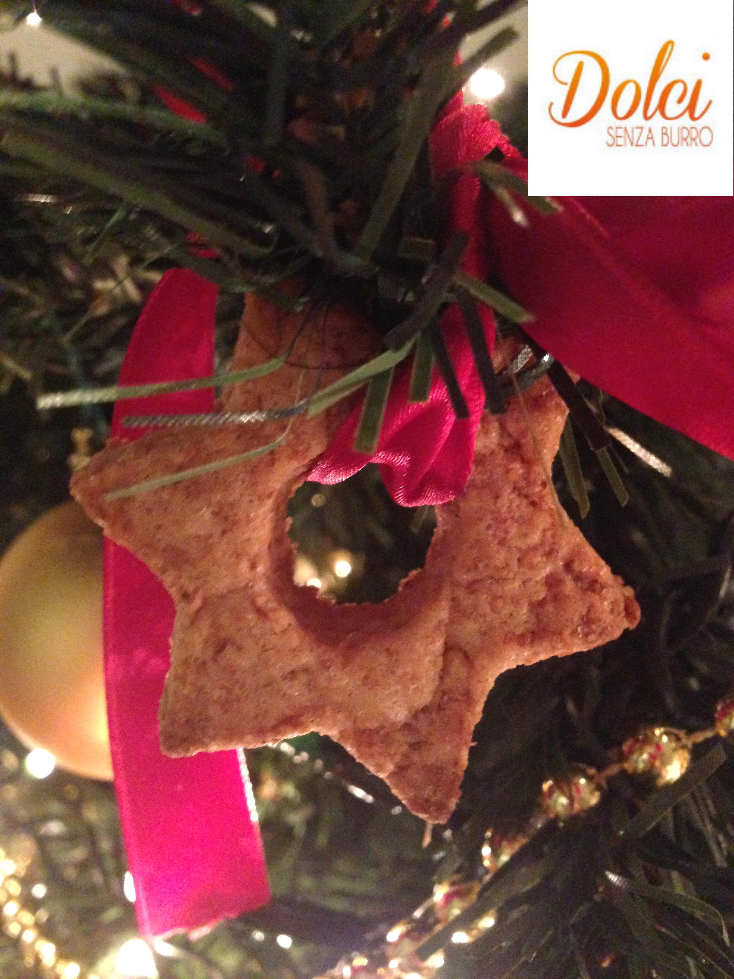 Biscotti Senza Burro, i biscotti di natale al farro da appendere all'albero di dolci senza burro