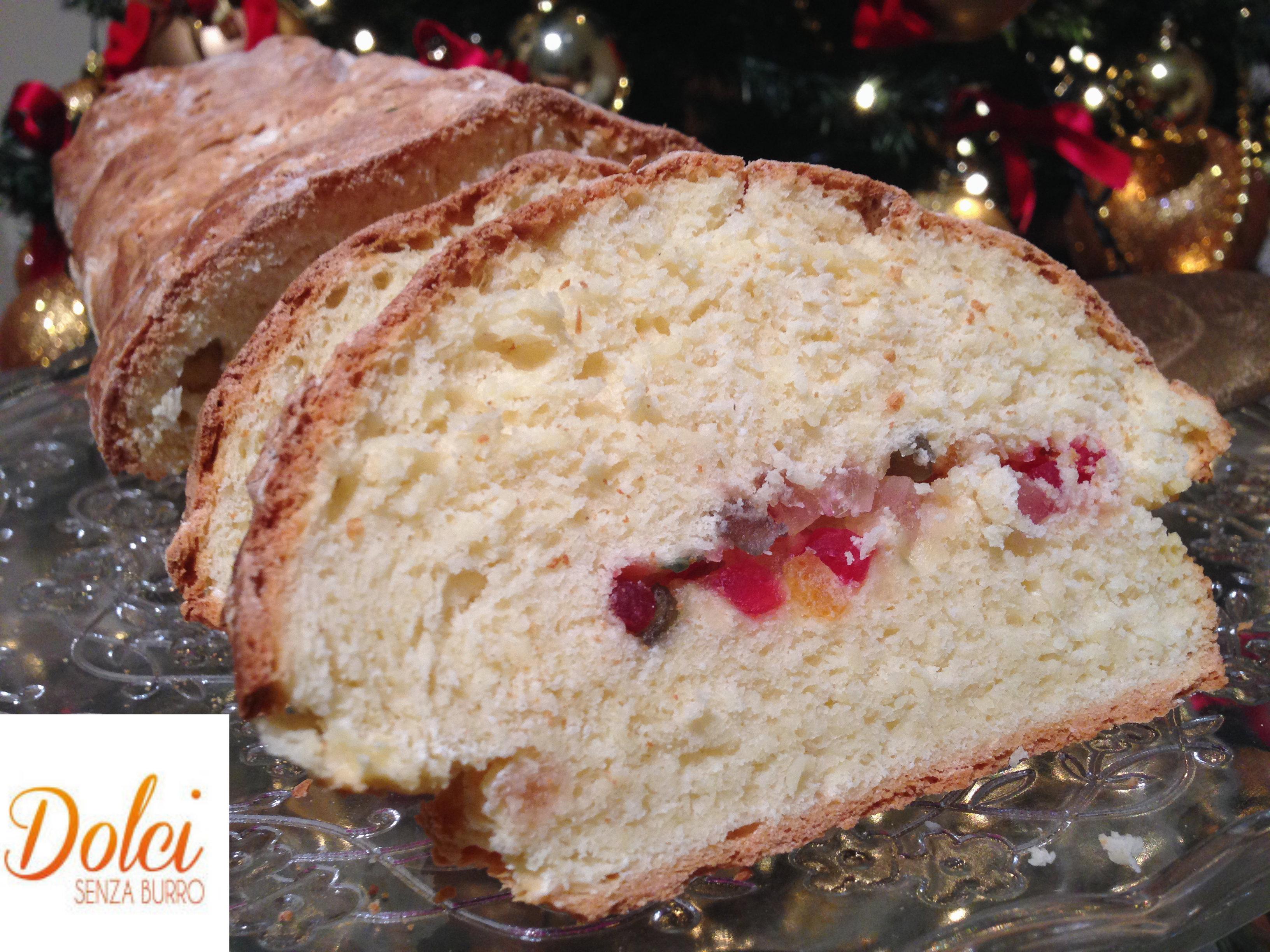 Lo Stollen è un dolce di natale tipico tedesco, in versione light di dolci senza burro