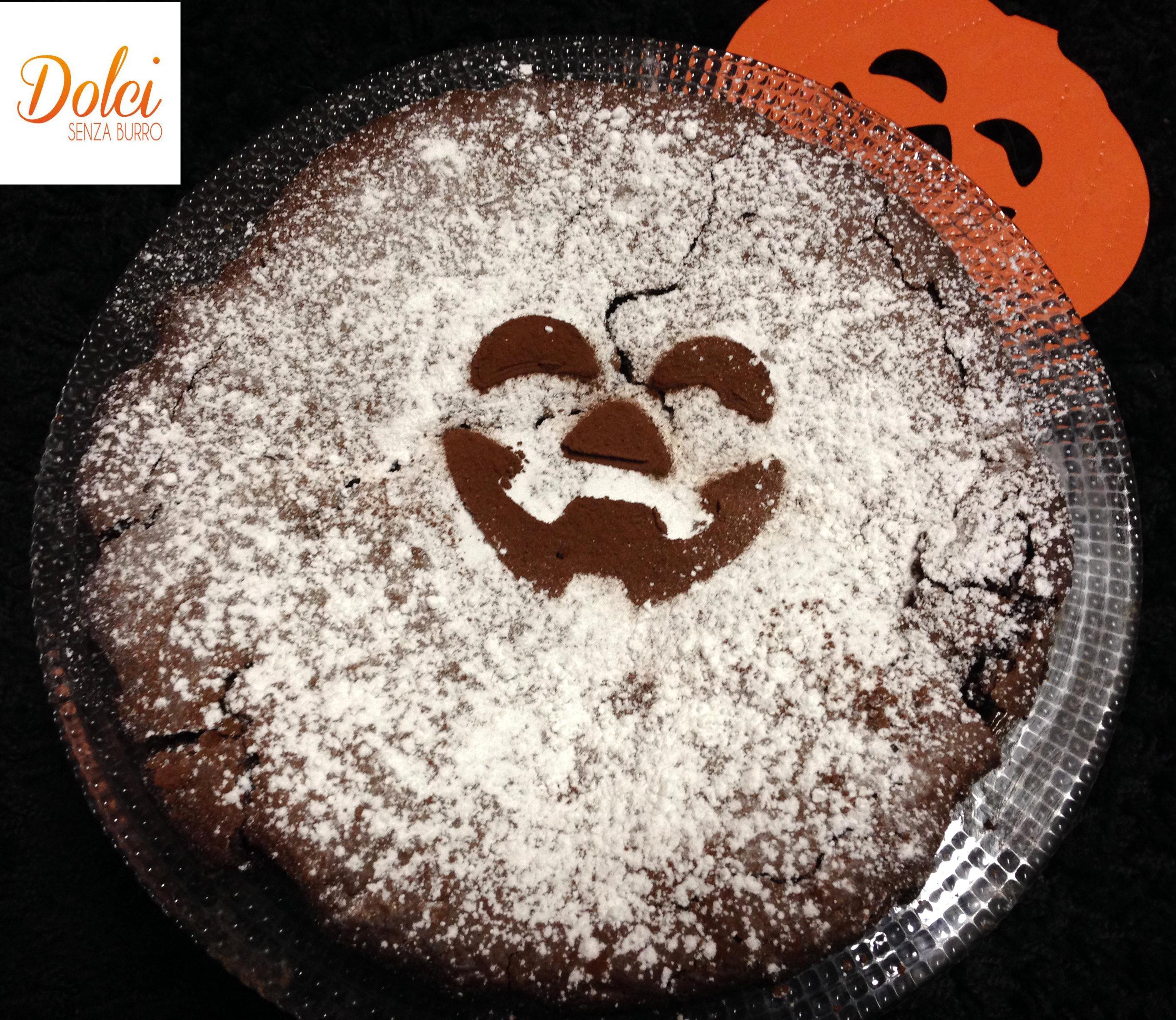 Torta di Halloween, il dolce al cioccolato mostruosamente buono di dolci senza burro