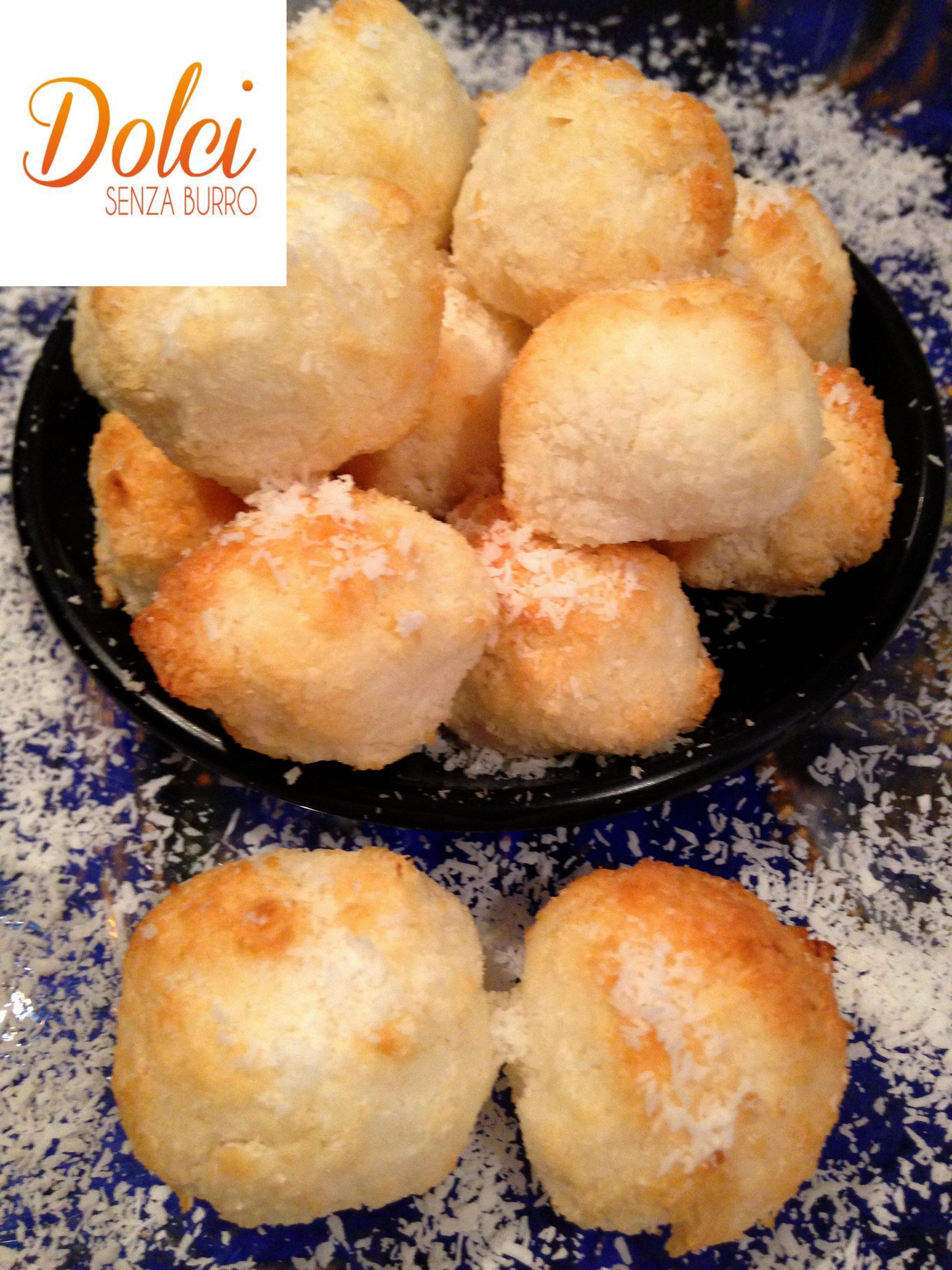 Biscotti al Cocco Senza Burro, i biscotti light di dolci senza burro