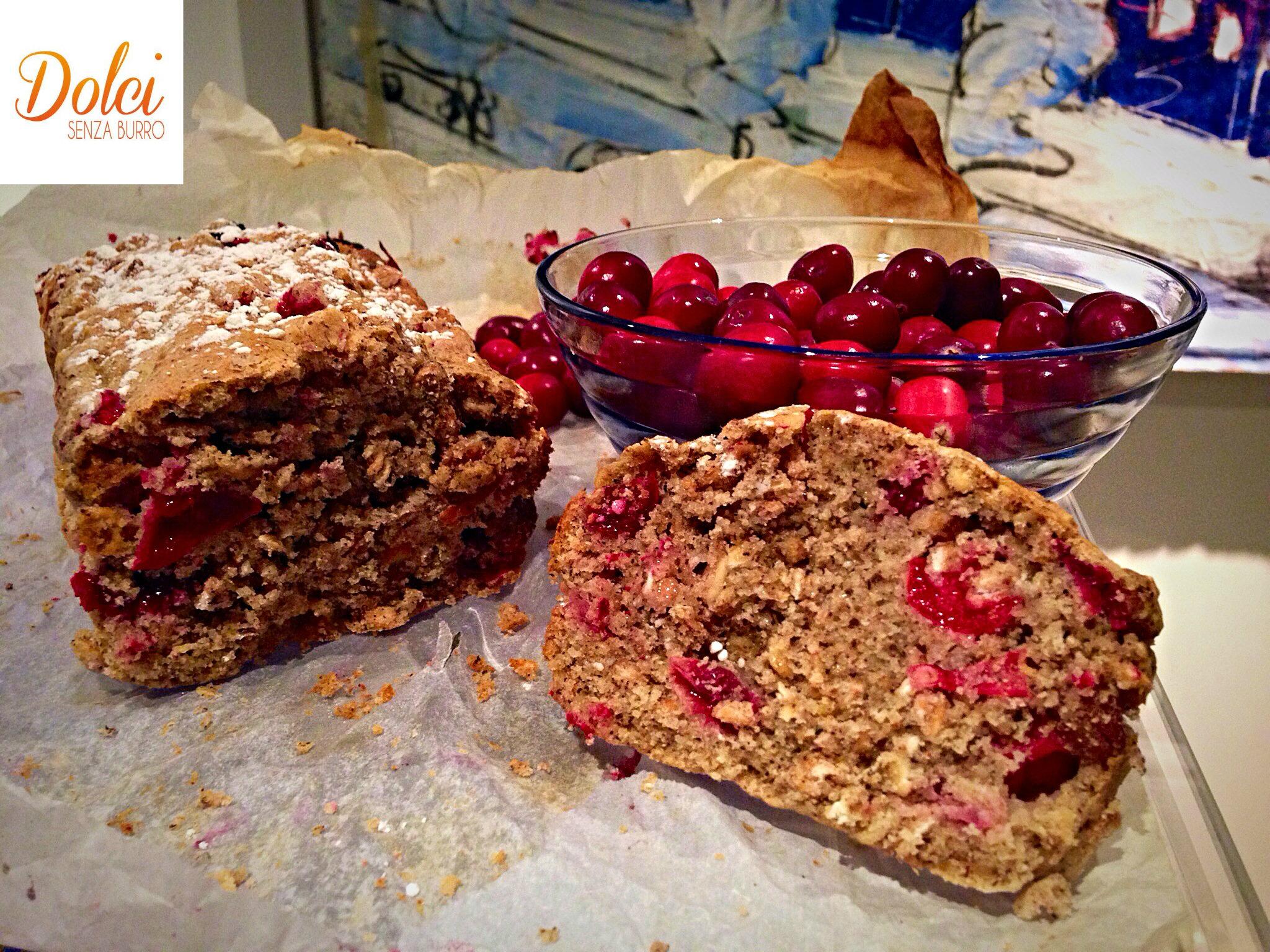 La Cranberry Cake Senza Burro è un dolce senza glutine e lattosio di dolci senza burro