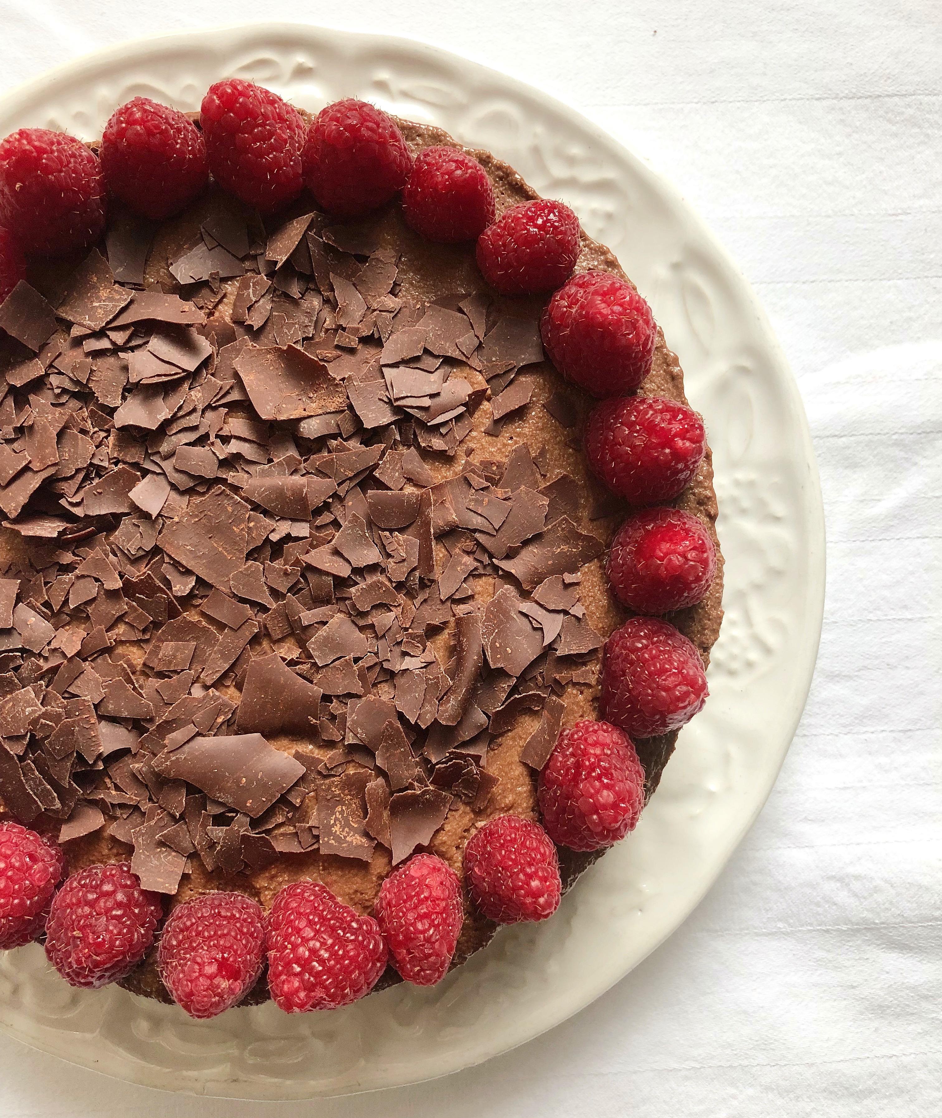 La Torta Mousse al Cioccolato e Lamponi , un mix perfetto di sapori di dolci senza burro