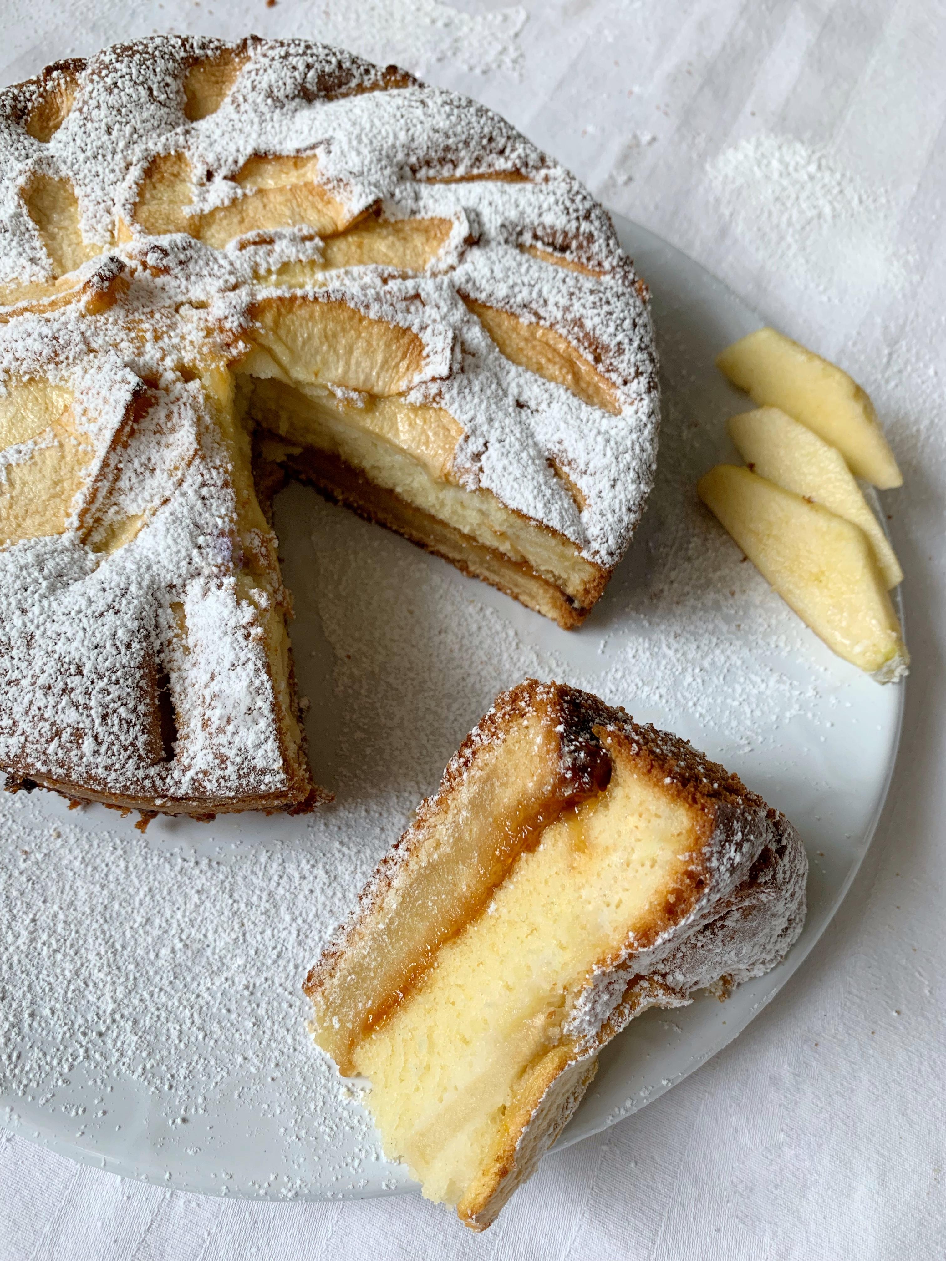La Crostata Morbida di Mele Senza Burro, un dolce che vi conquisterà al primo assaggio!