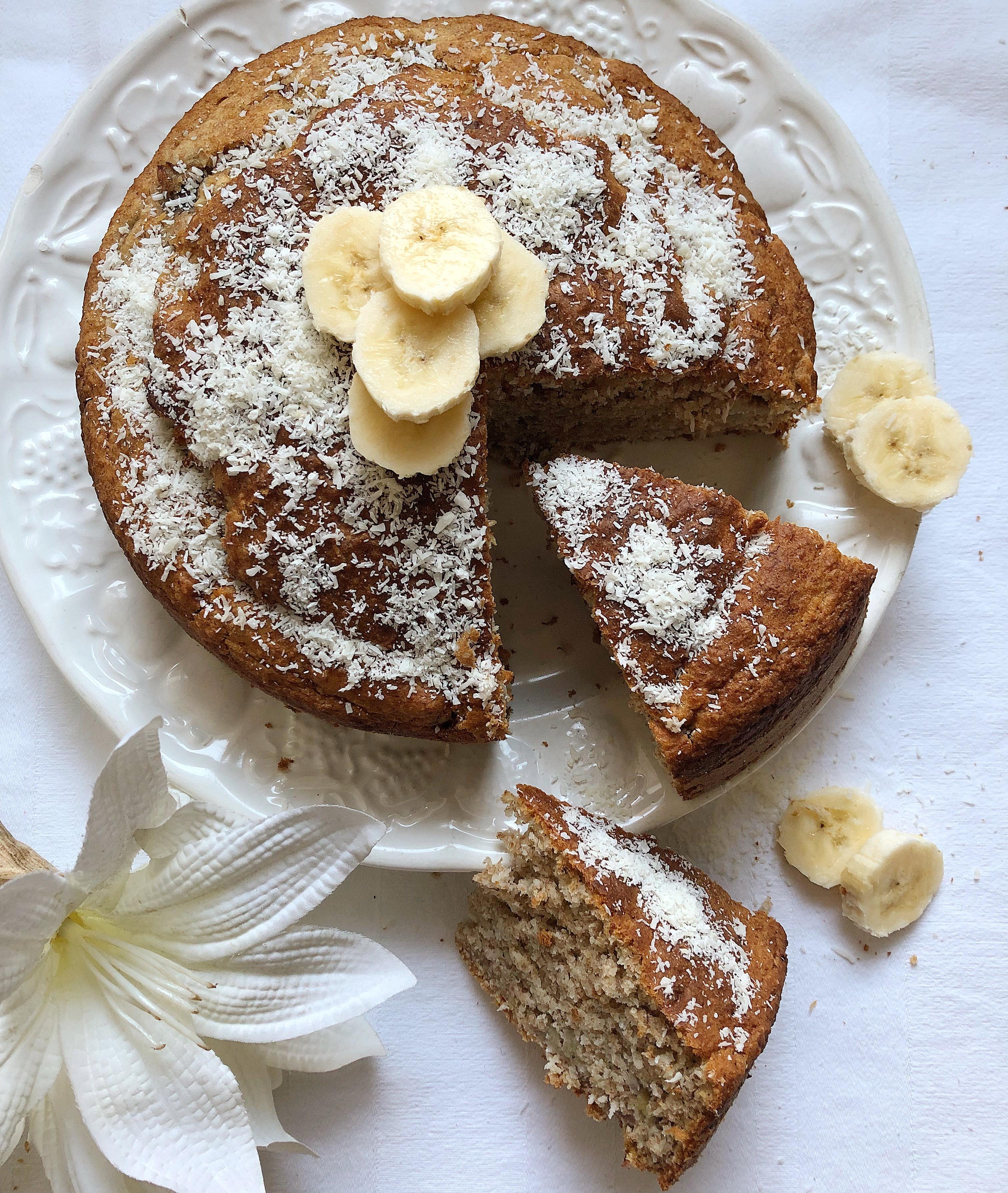 La Torta di Banane e Cocco Senza Burro e Uova un dolce goloso e leggero di dolci senza burro