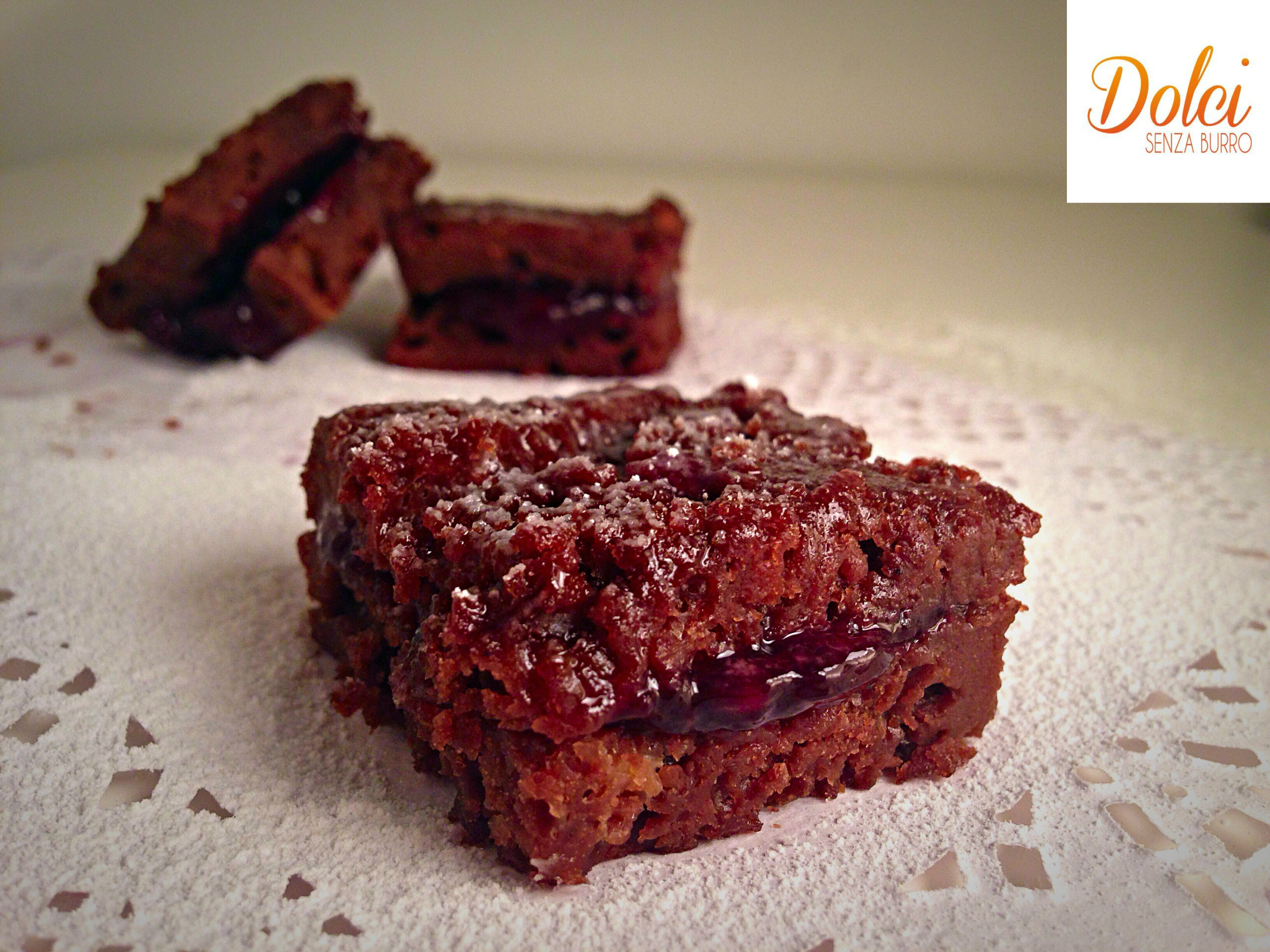 Quadrotti al Cioccolato e Frutti di Bosco Senza Burro Senza Burro, il dolce goloso di dolci senza burro