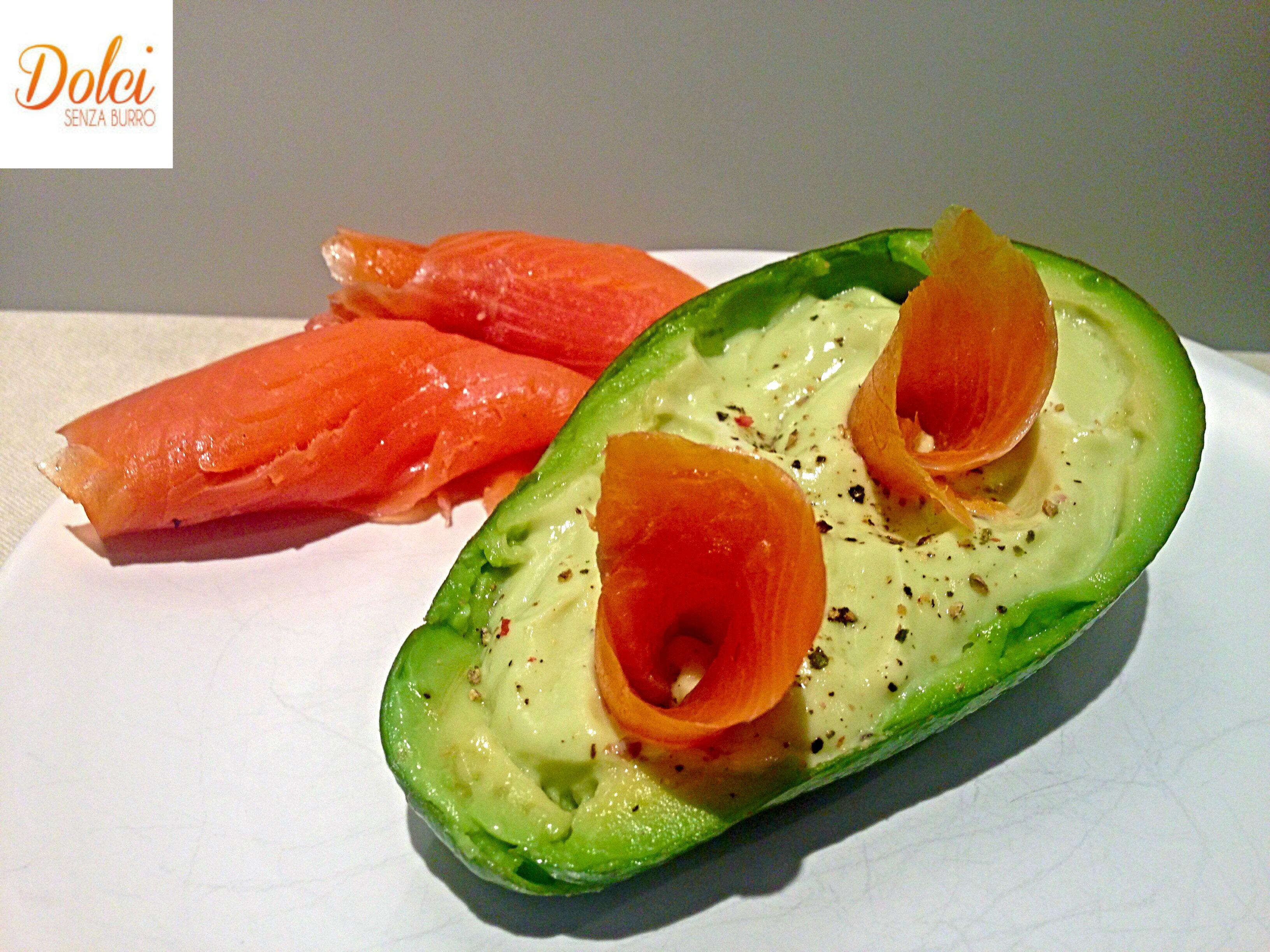 La Crema di Avocado e Salmone realizzata con Cuko di Imetec da Dolci Senza Burro