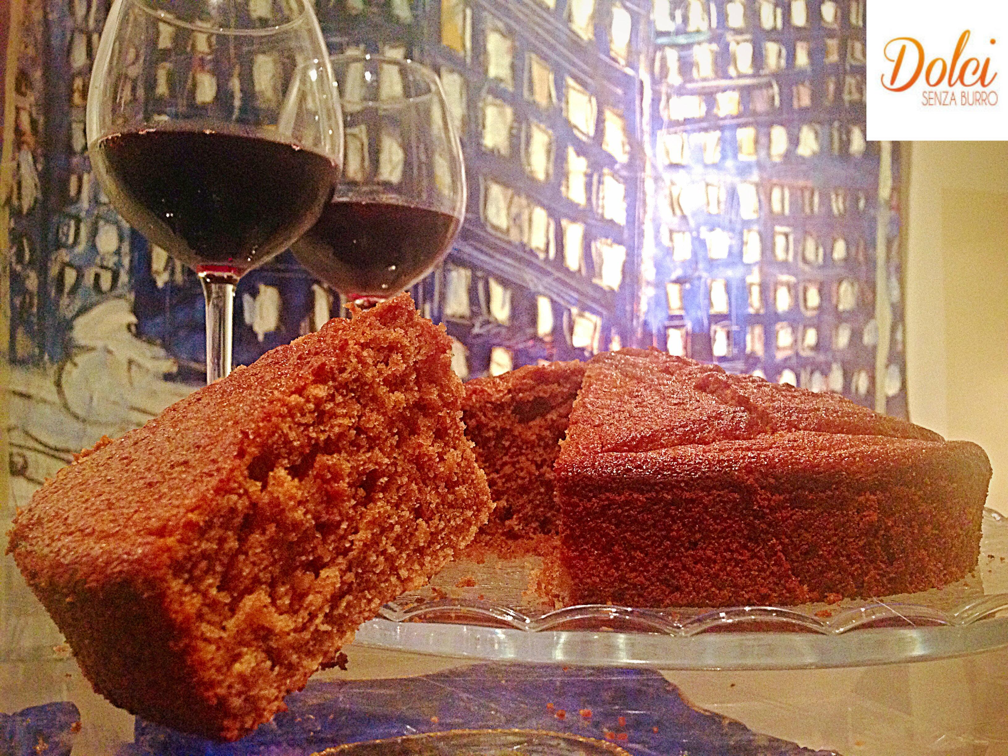 Torta al Vino Rosso e Cioccolato Senza Burro, la torta ubriaca di dolci senza burro