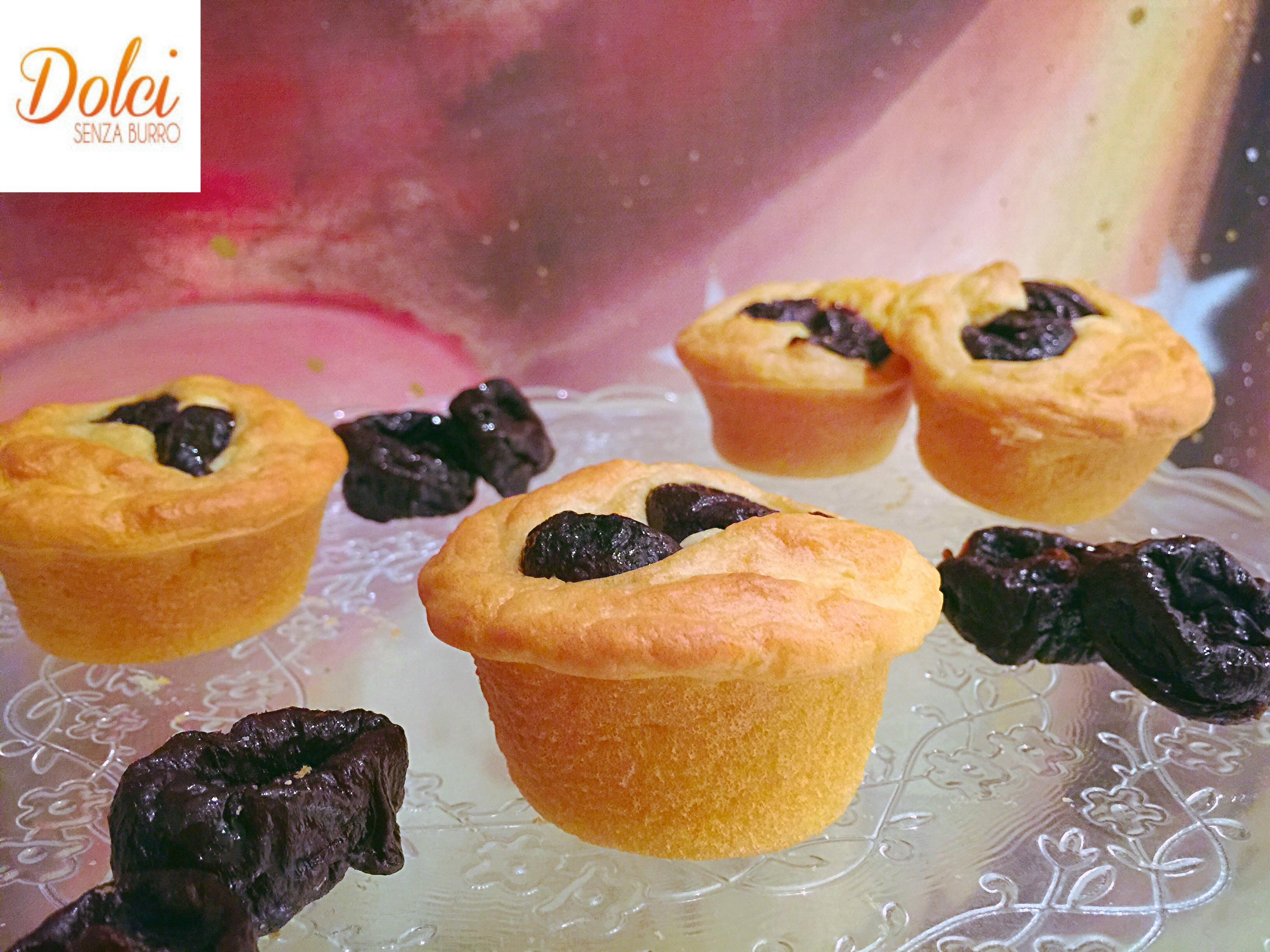 Muffin Senza Burro e Uova alle prugne, un dolce goloso e leggero di dolci senza burro