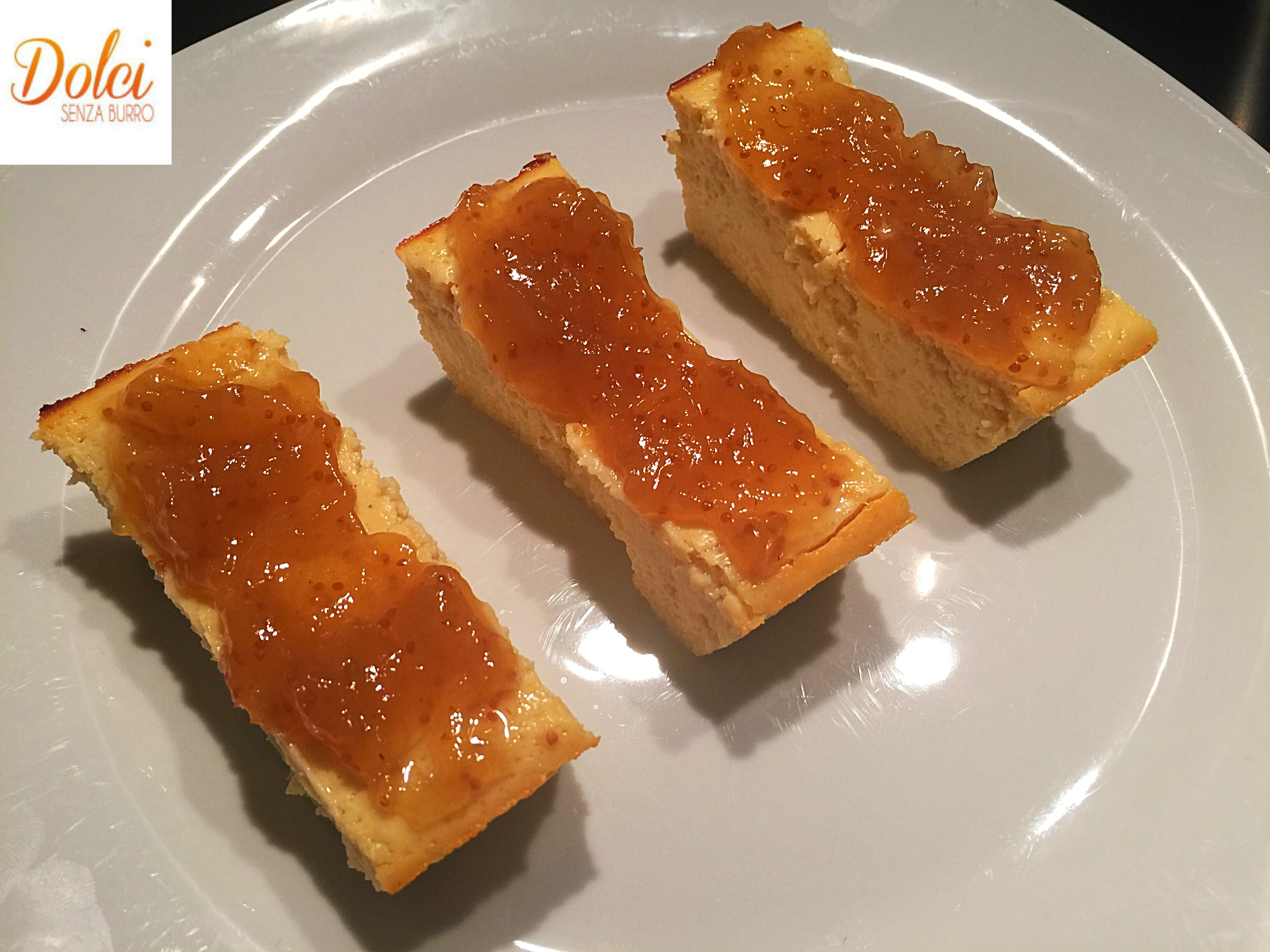 Torta Dolce al Formaggio e Fichi, una rivisitazione della cheesecake di dolci senza burro