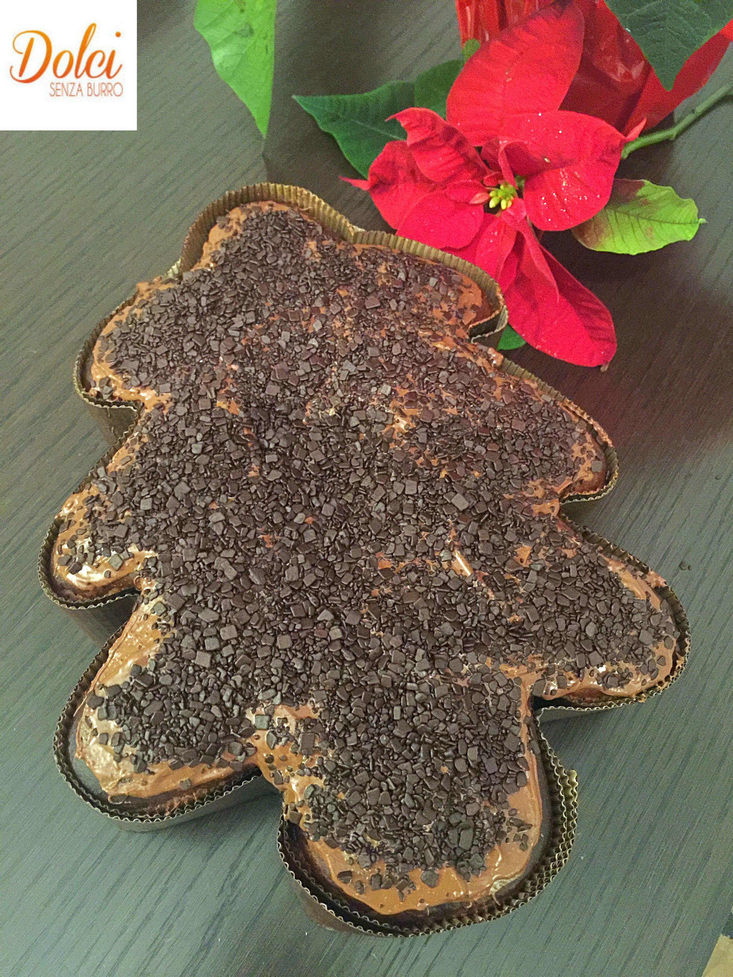 Pandoro al Cioccolato Senza Burro, il dolce di Natale goloso e sfizioso di dolci senza burro