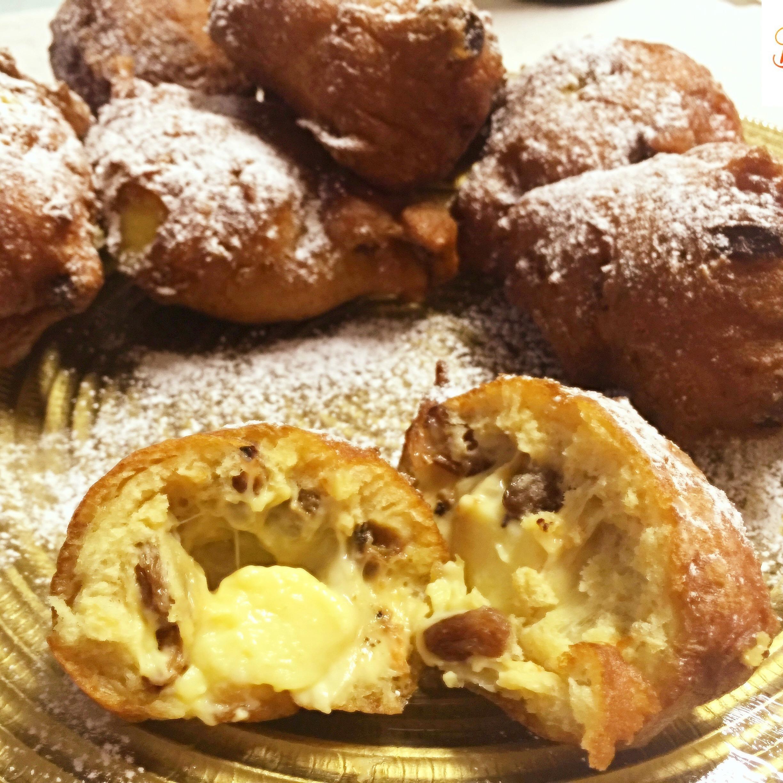 Frittelle Veneziane Senza Burro, super golose con un ripieno speciale di crema e uvette!