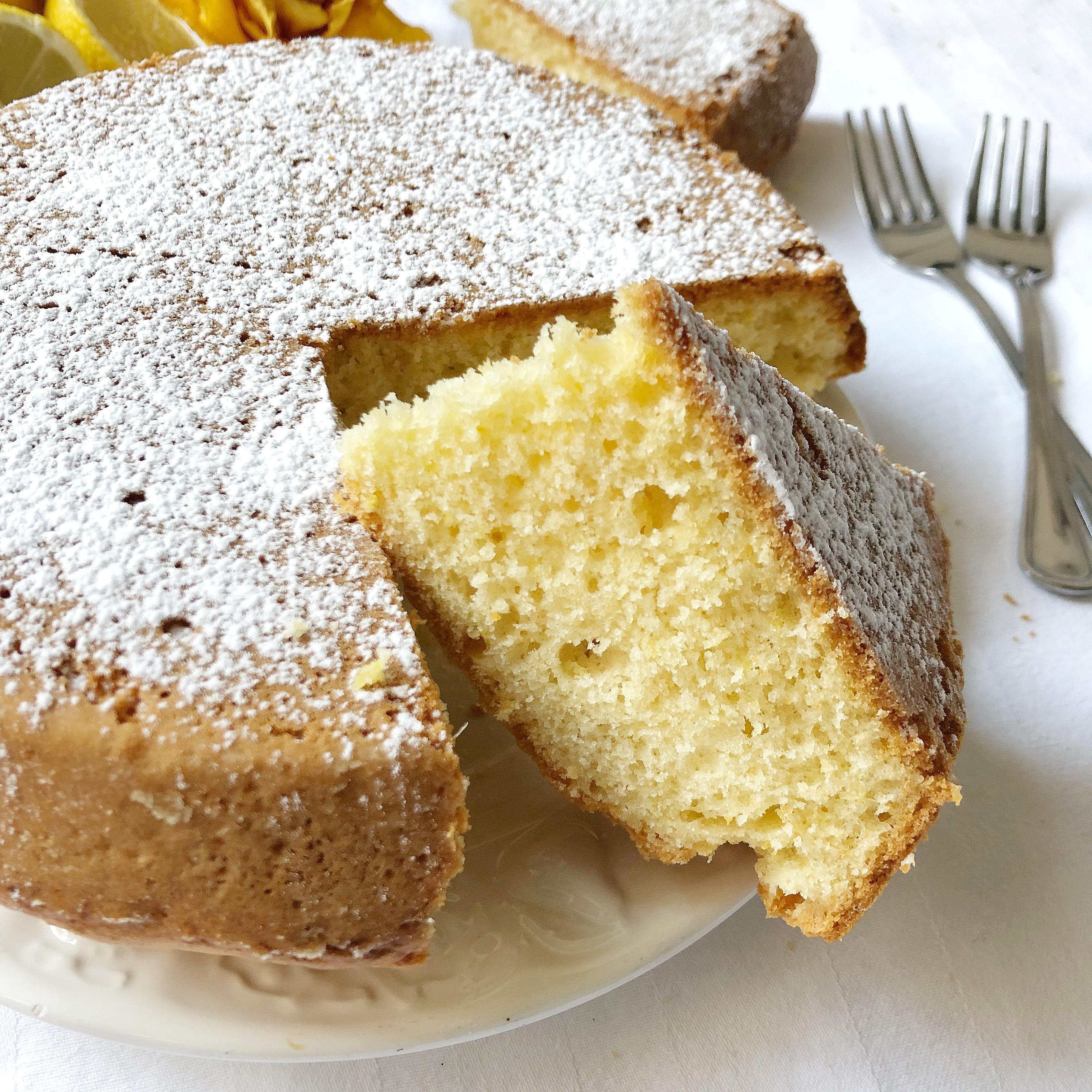 Torta al Limone con Stevia, una torta al limone senza zucchero e burro adatta a tutti!