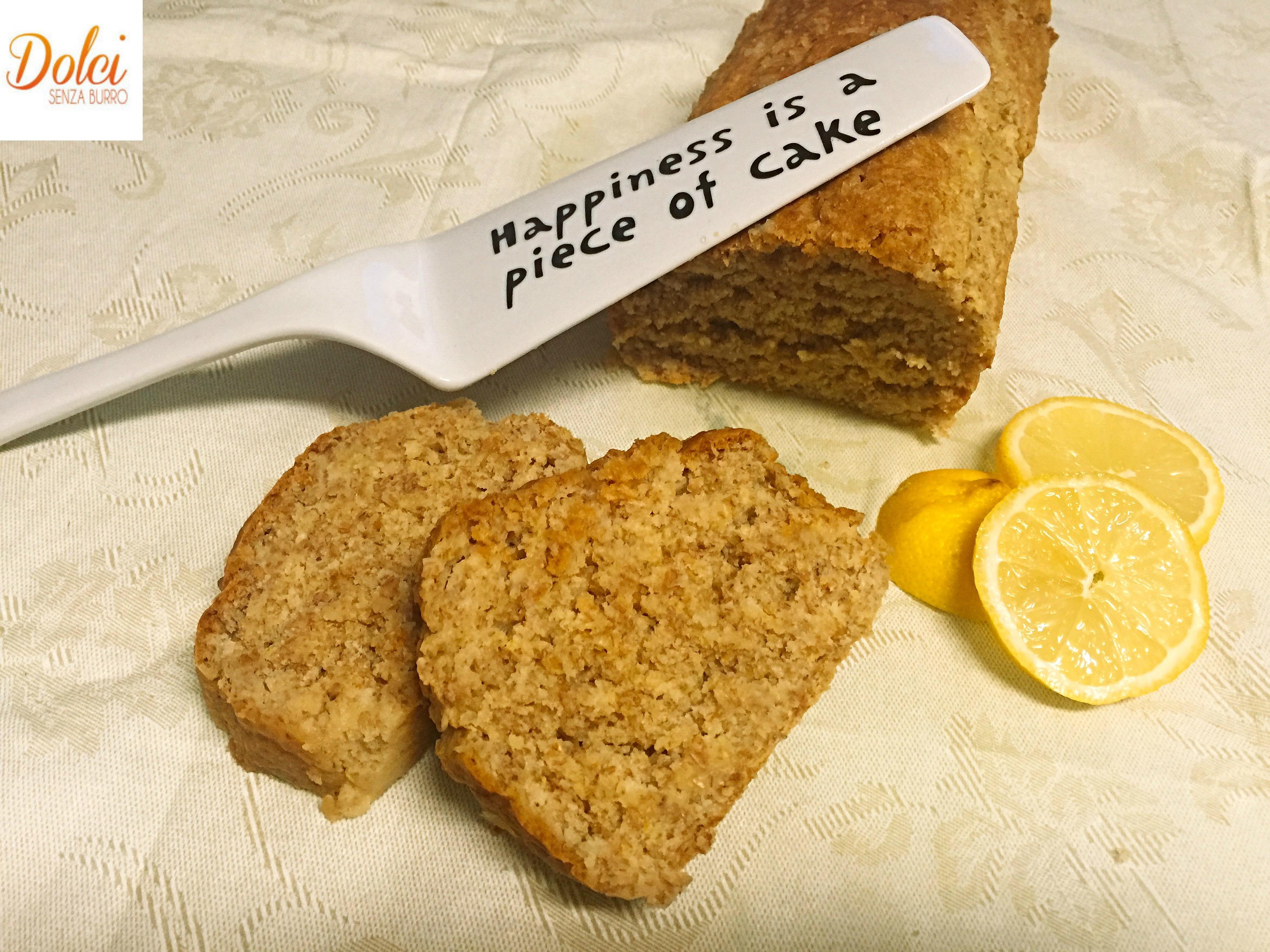 Lemon Drizzle Cake Senza Burro, la torta al limone in stile british super golosa e profumata di dolci senza burro