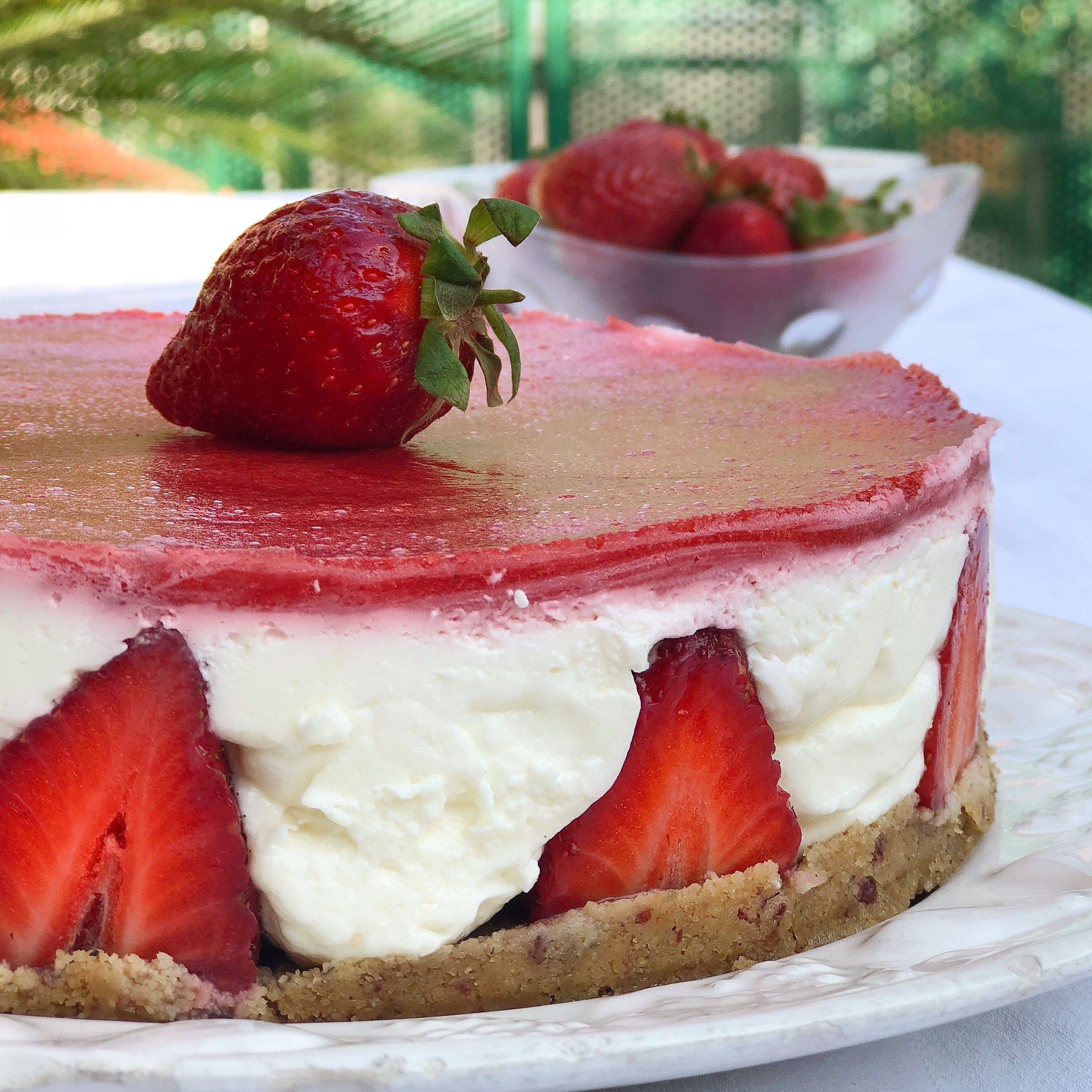 Cheesecake alle Fragole Senza Burro irresistibile e scenografica di dolci senza burro