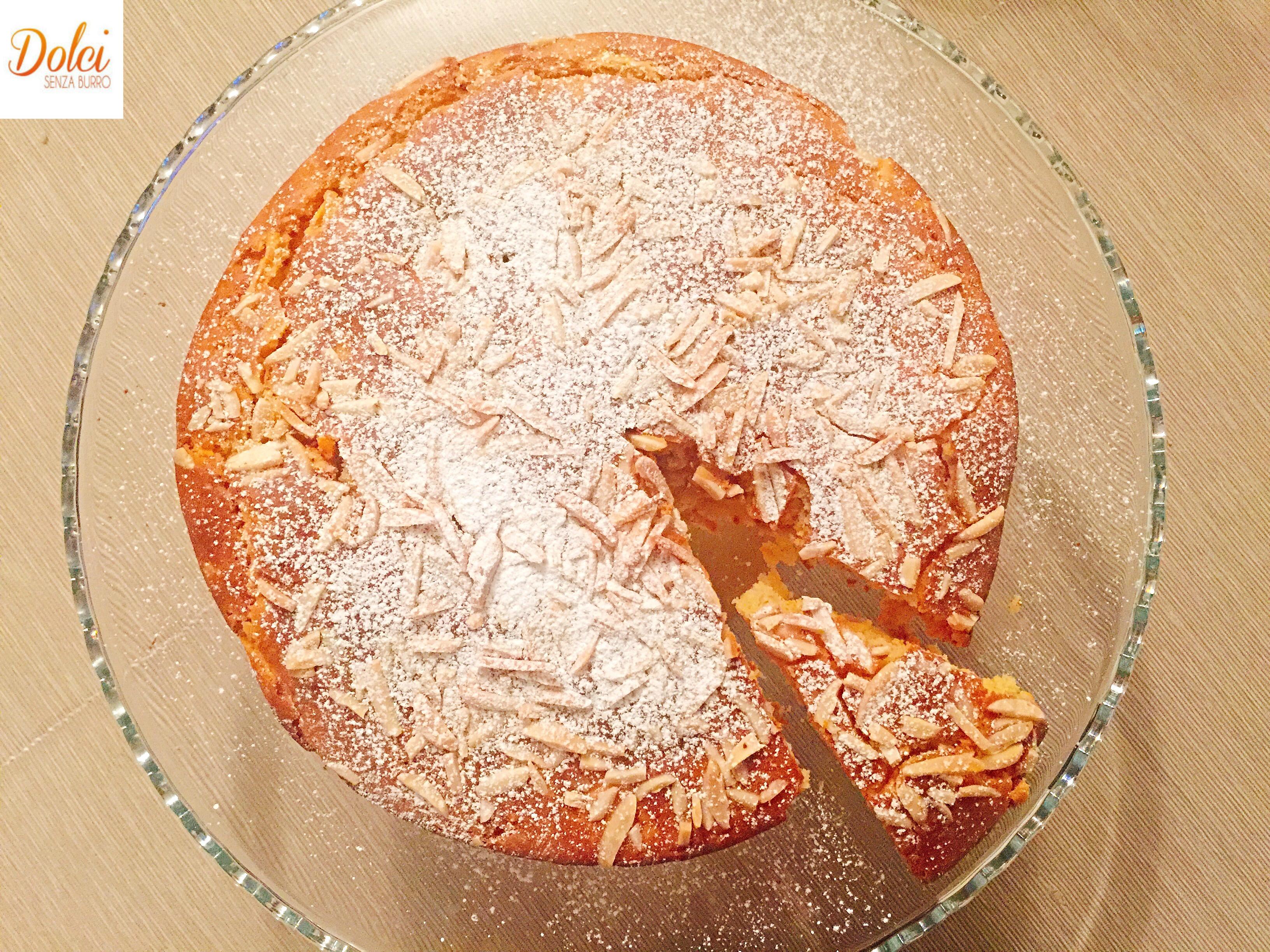 Torta di Carote Senza Uova e Burro , un dolce leggero dal sapore delicato avvolgente e goloso di dolci senza burro