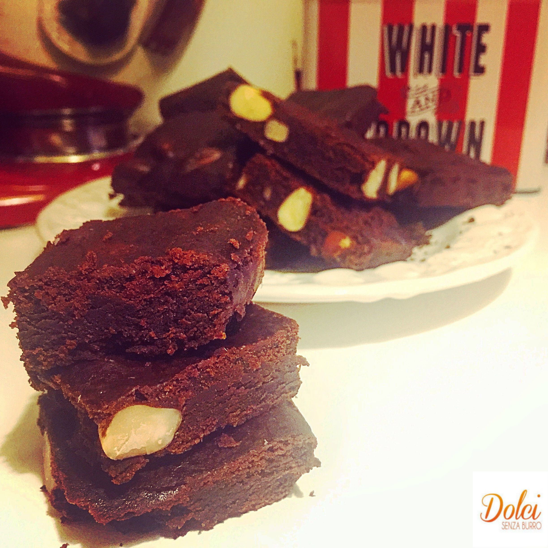 Brownies Senza Burro e Uova, il famoso dolce americano di dolci senza burro