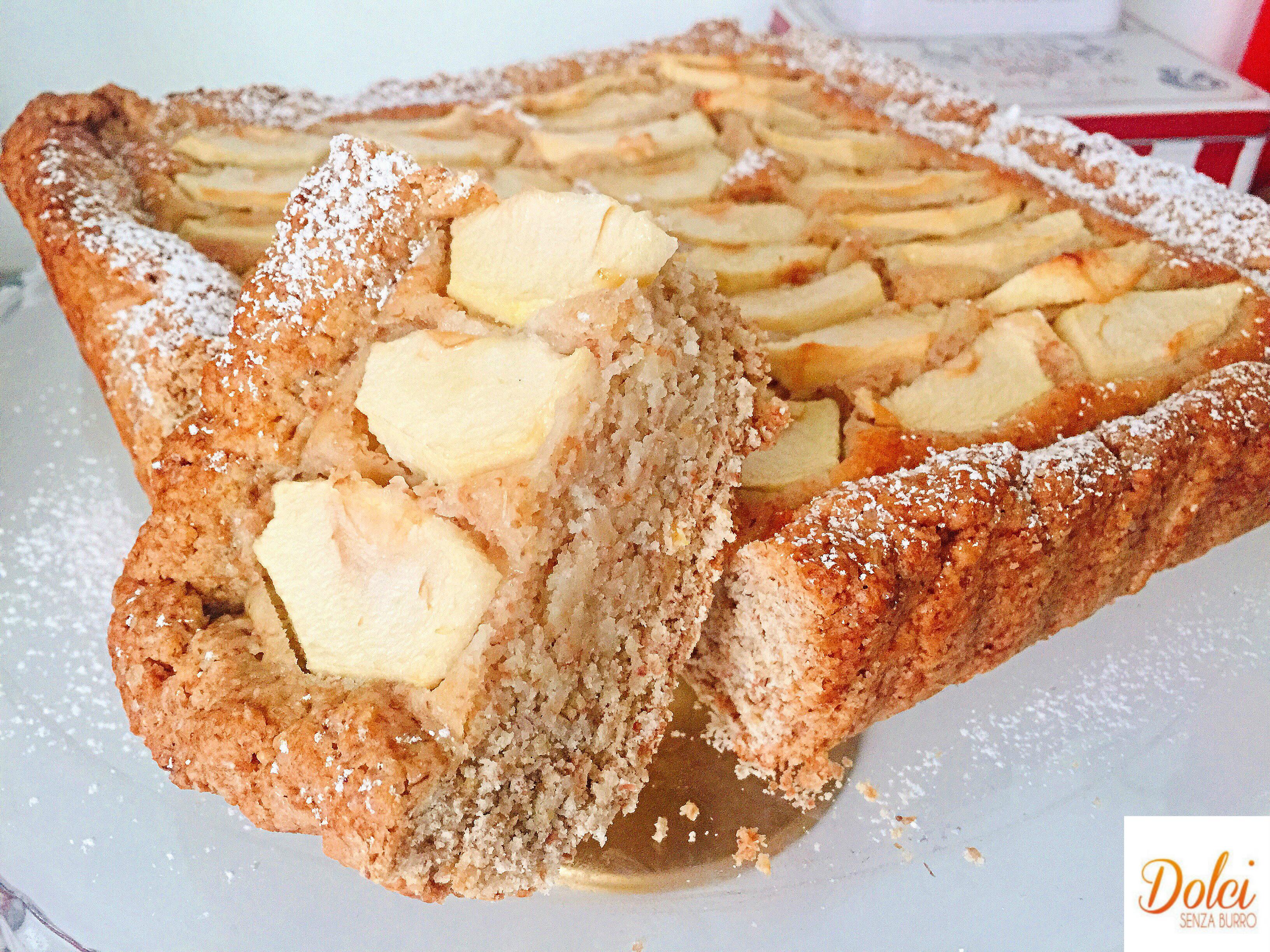Crostata Frangipane alle Mele Senza Burro, un dolce dal gusto avvolgente e goloso di dolci senza burro