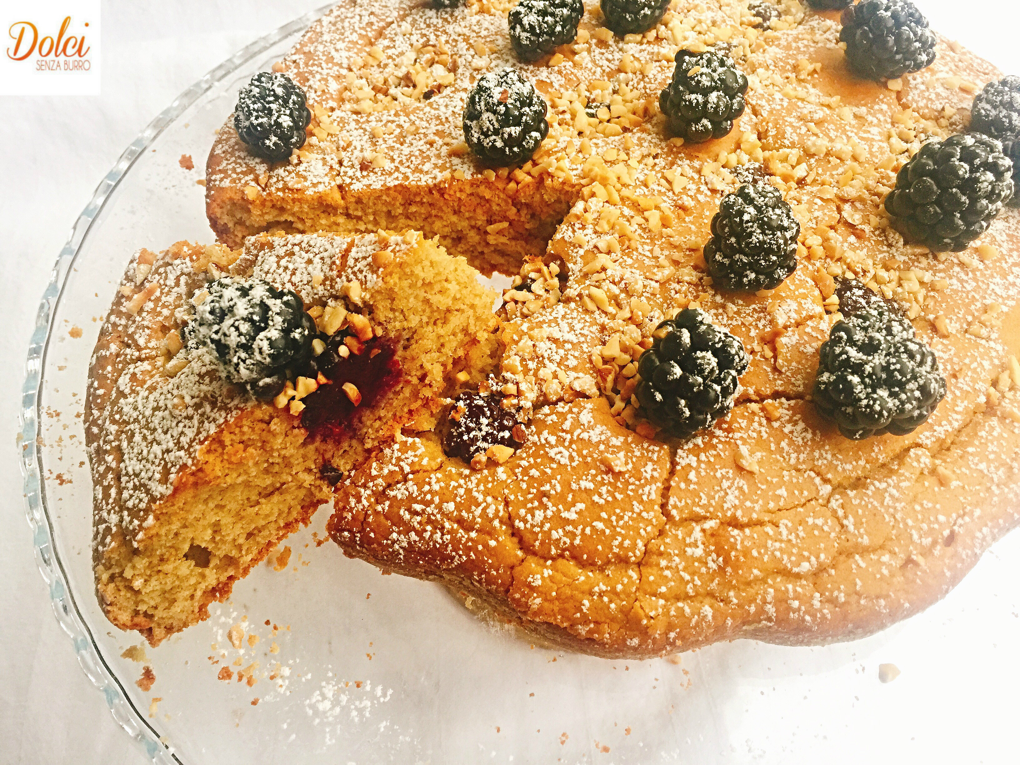 Torta di More Avena e Nocciole Senza Burro sana leggera e golosa di dolci senza burro