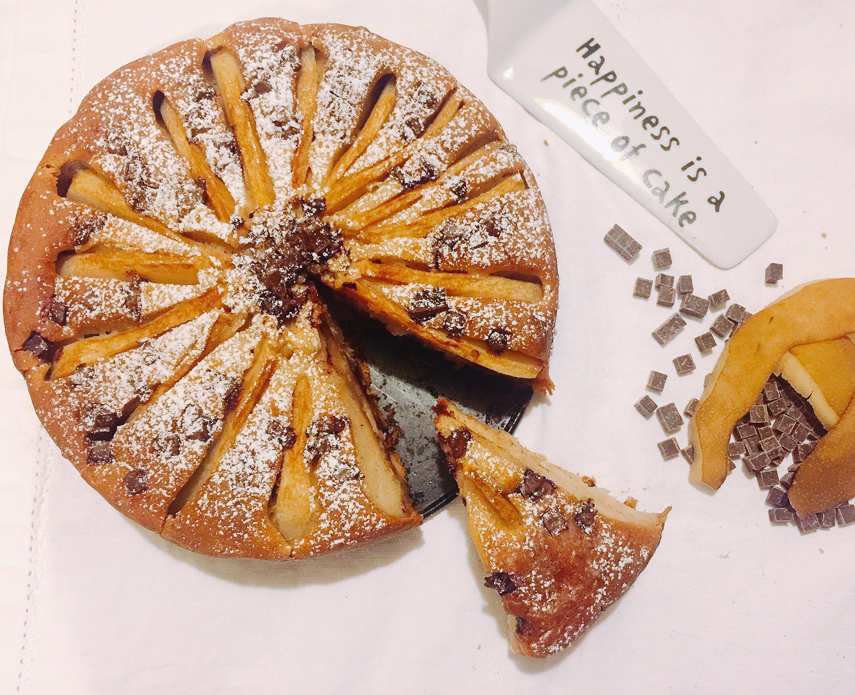 Torta Pere e Gocce di Cioccolato Senza Burro, un dolce light goloso e sfizioso adatto a tutti di dolci senza burro