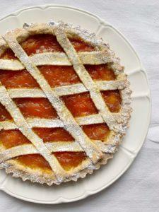 Crostata di Pasta Frolla con Avocado, una ricetta per preparare una golosa pasta frolla senza burro e senza grassi perfetta per restare in forma con gusto!