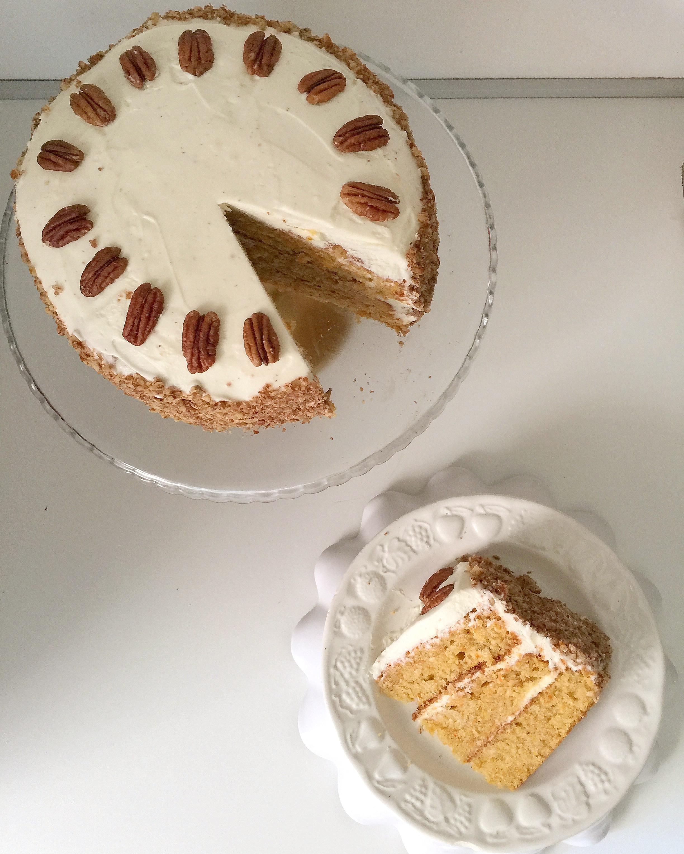 Carrot Cake Senza Burro, la torta di carote americana di dolci senza burro