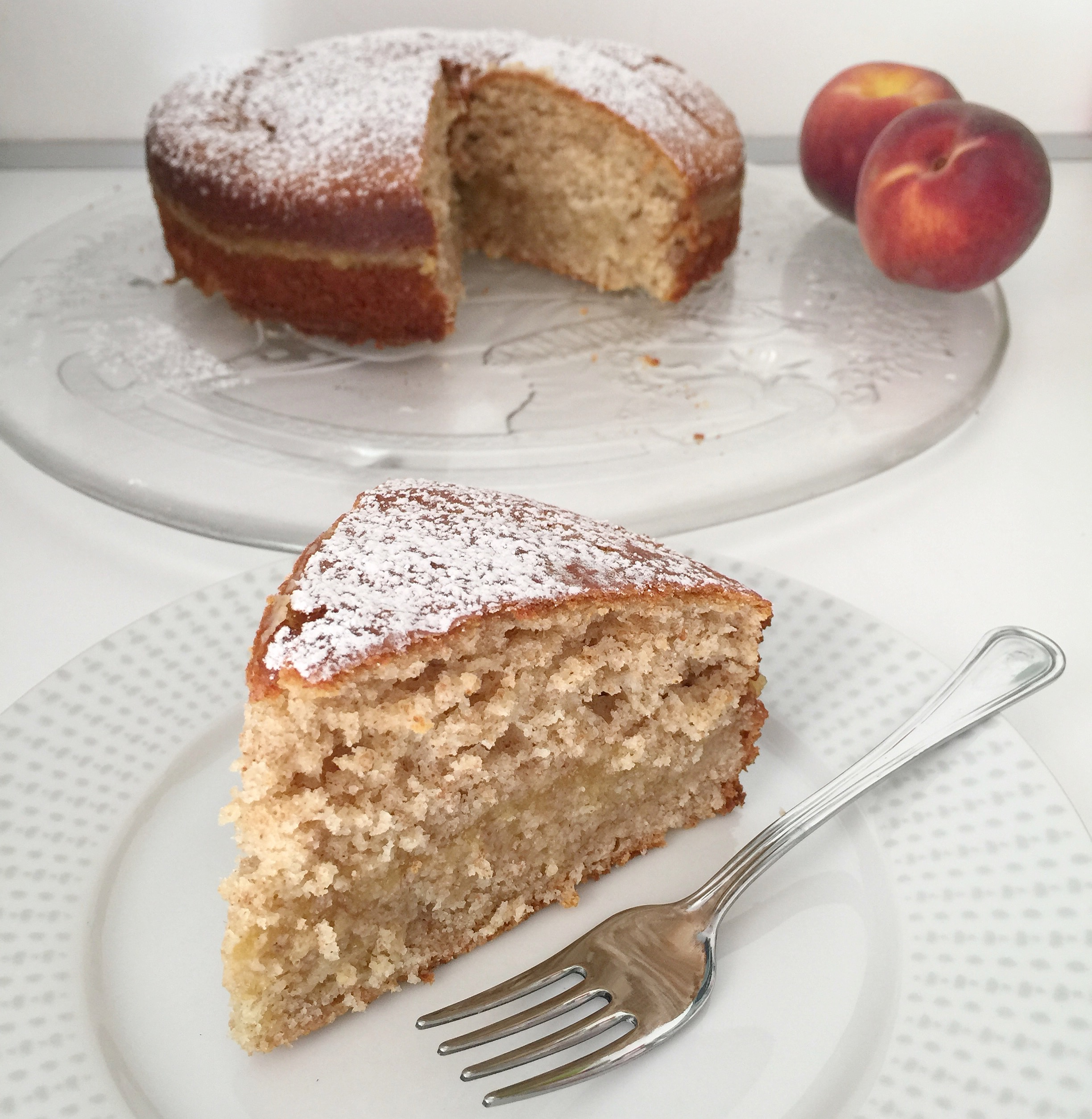 Torta di Pesche Senza Burro Integrale, un dolce soffice e goloso di dolci senza burro