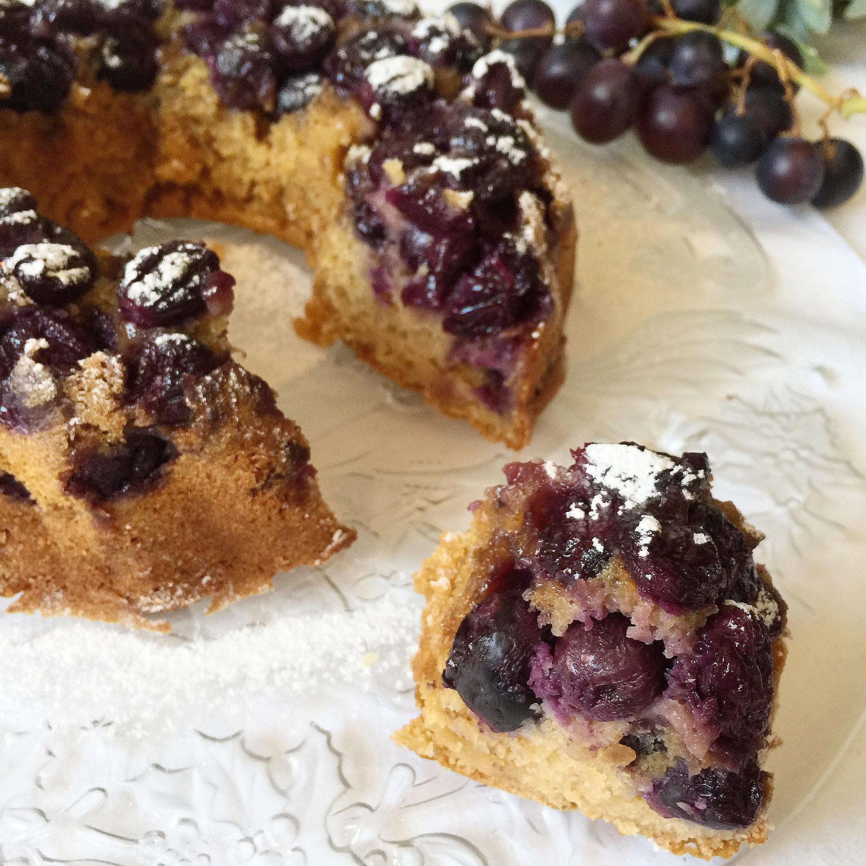 Ciambellone all'Uva Senza Burro, un dolce leggero e goloso di dolci senza burro
