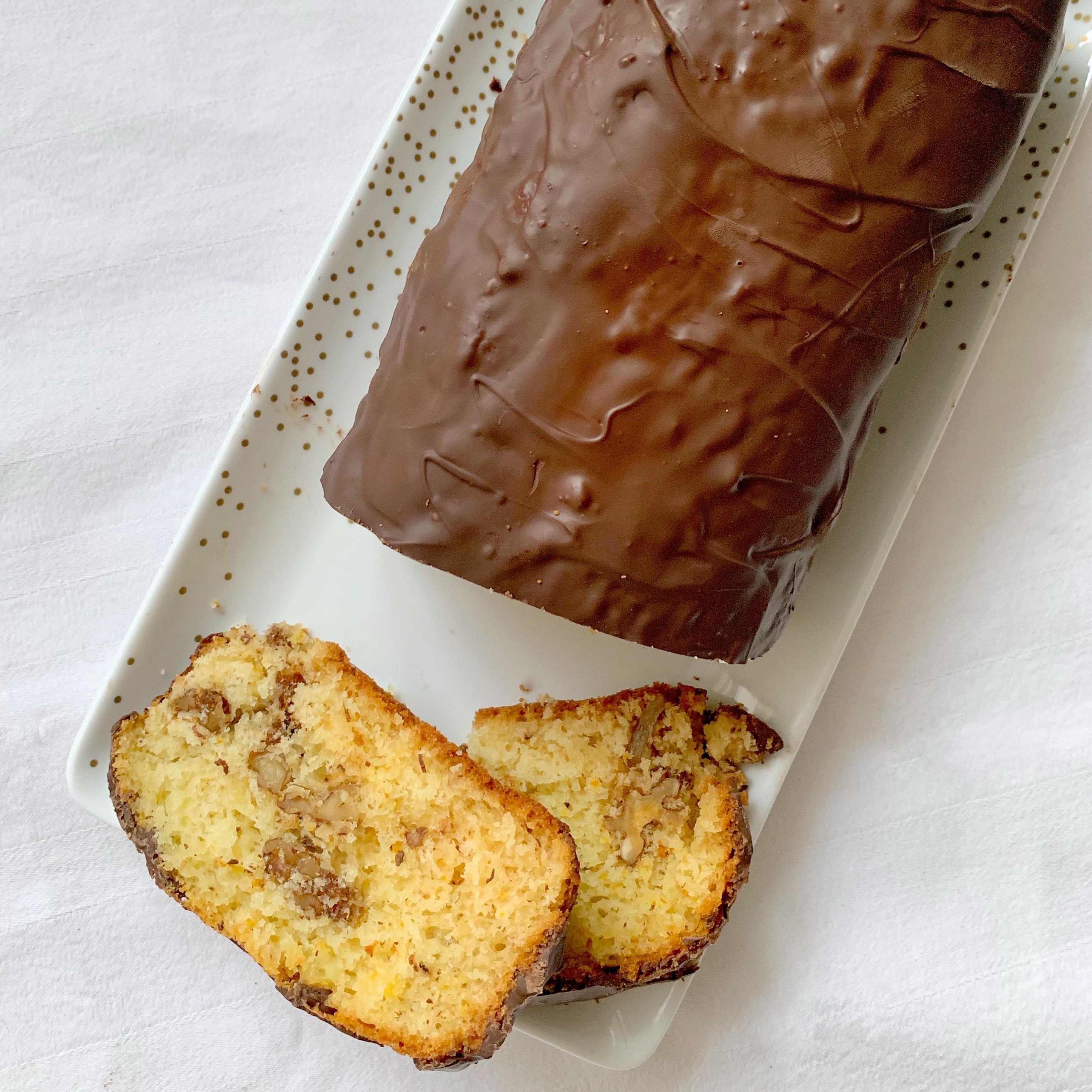 Il Plumcake Arancia Noci e Cioccolato Senza Burro un dolce goloso e sfizioso di dolci senza burro