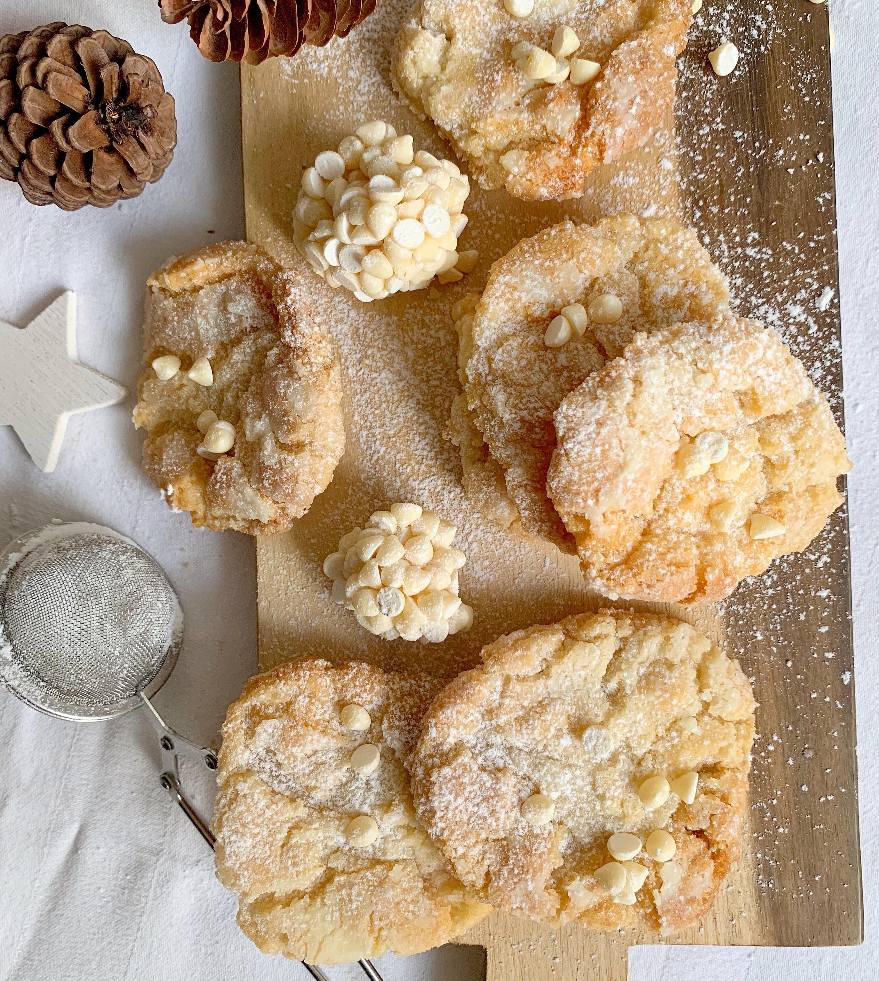 Cookies al Cioccolato Bianco Senza Burro, una variante golosa e originale di dolci senza burro