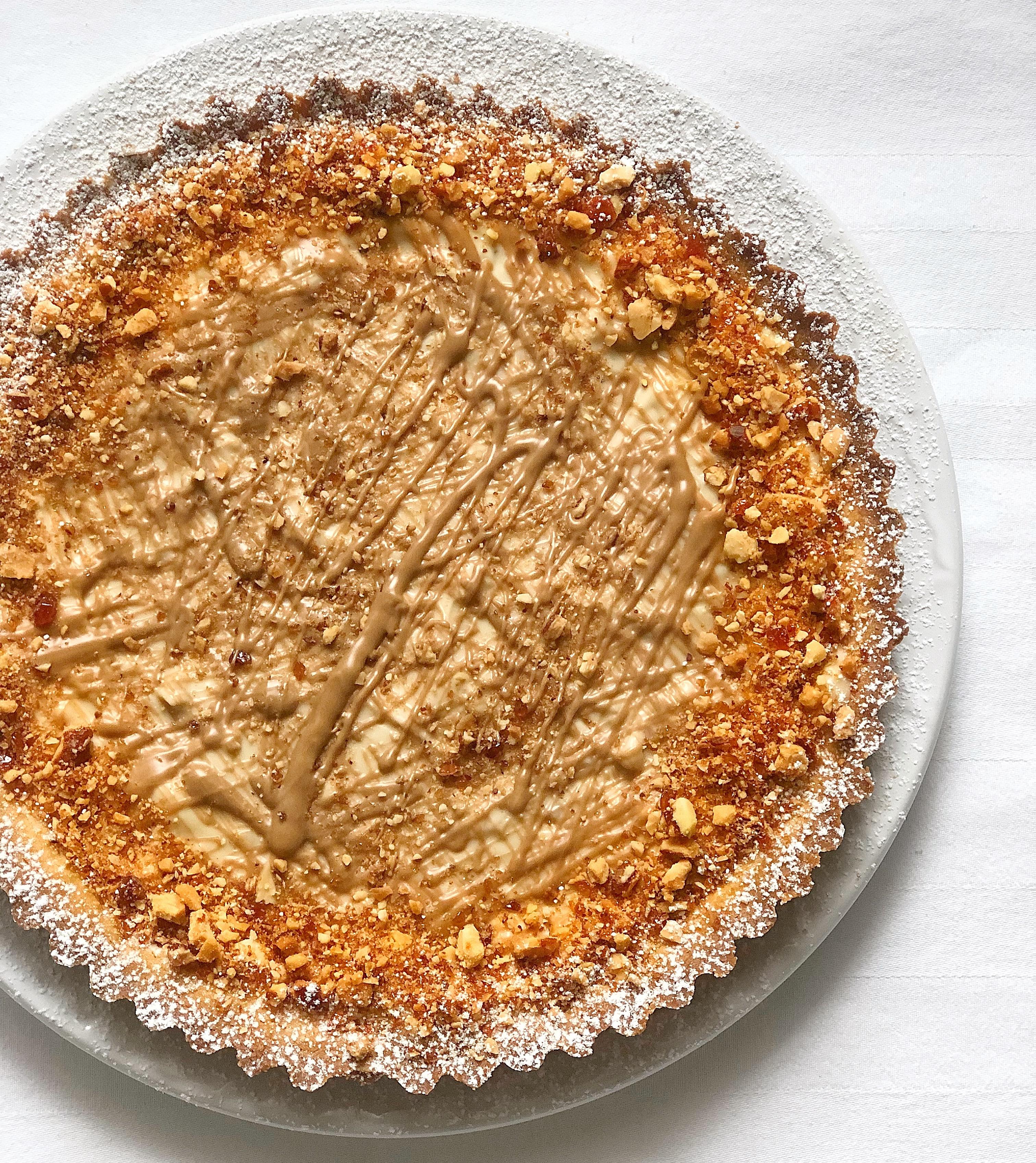 Crostata Croccante alle Mandorle Senza Burro, un dolce dal sapore deciso e avvolgente di dolci senza burro
