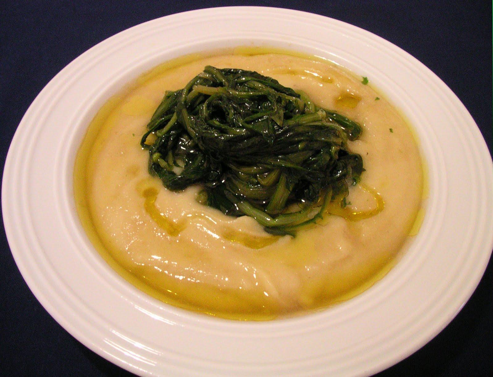 Questa pietanza è uno dei piatti più tipici della gastronomia pugliese, rustico quanto semplice!